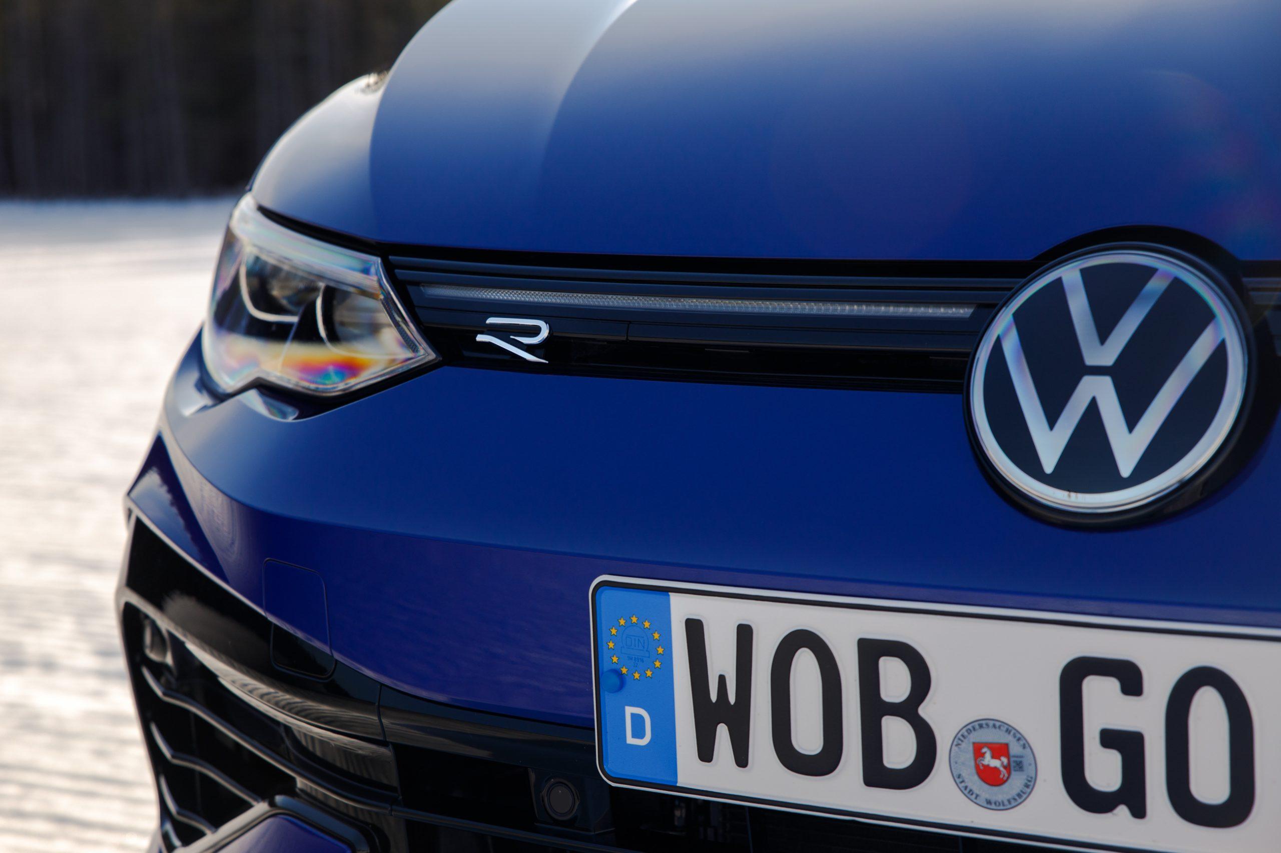 2022 Volkswagen Golf R front corner detail
