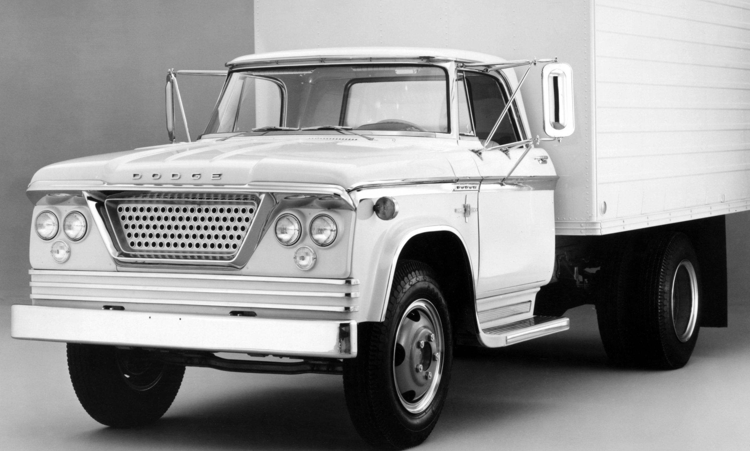 Chrysler Turbine history - 1960 Dodge Truck Turbine front left