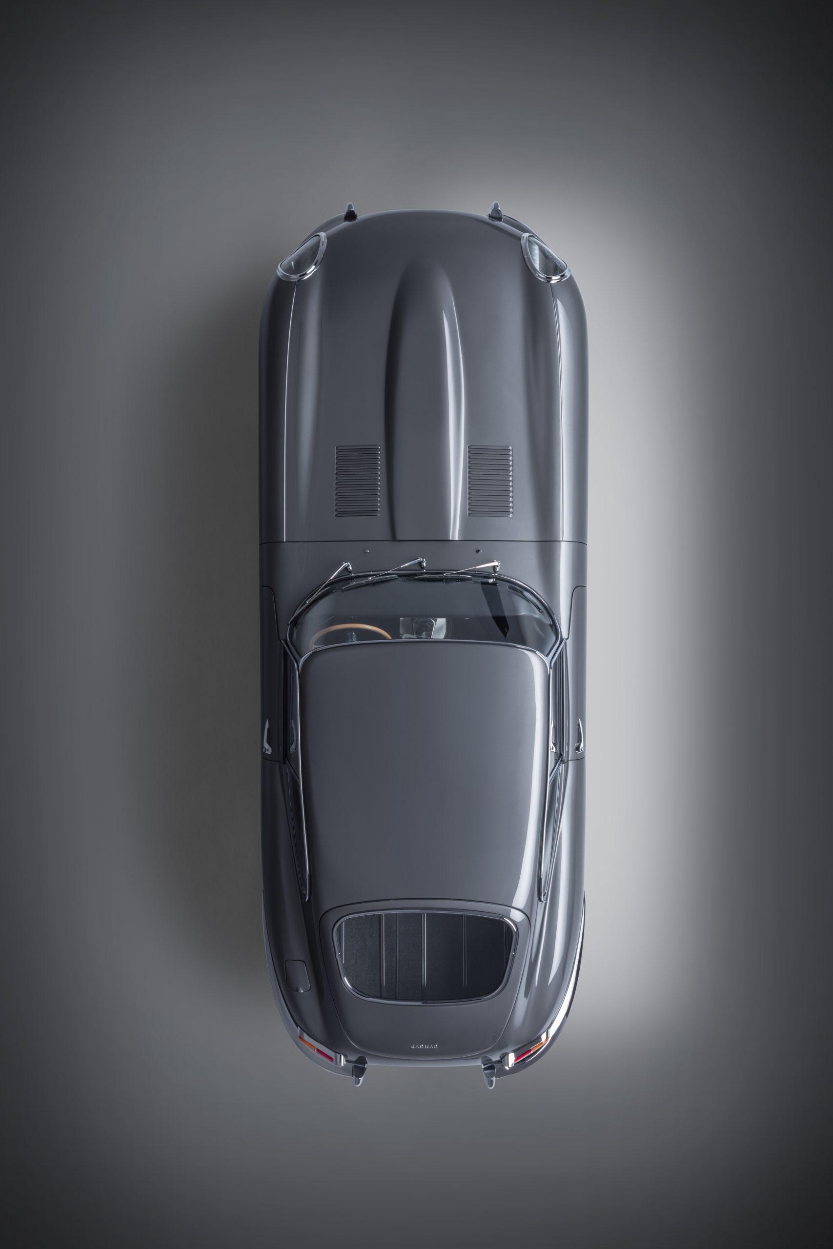 E-type 60 Edition Coupe_overhead