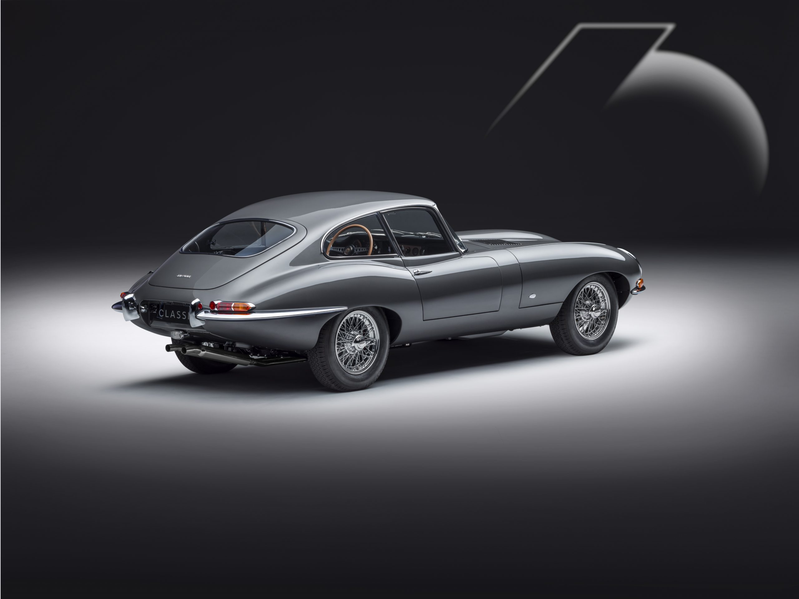 E-type 60 Edition Coupe_rear3q