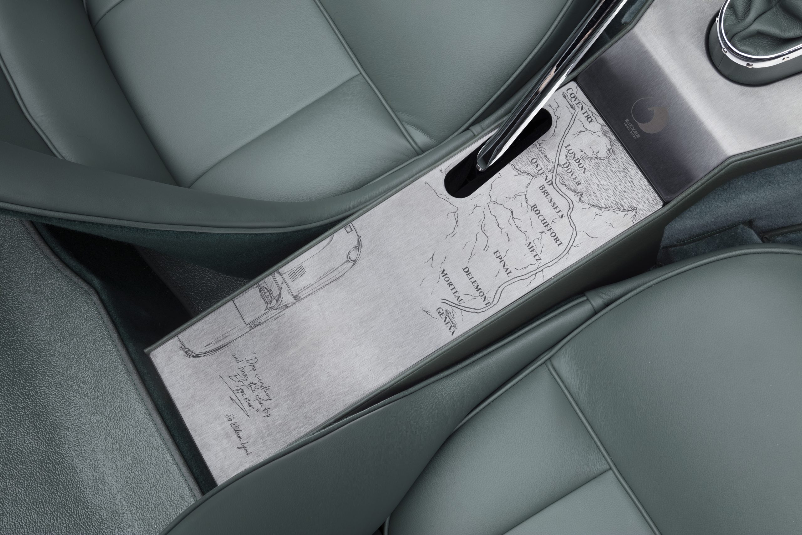 E-type 60 Edition Roadster_interior3