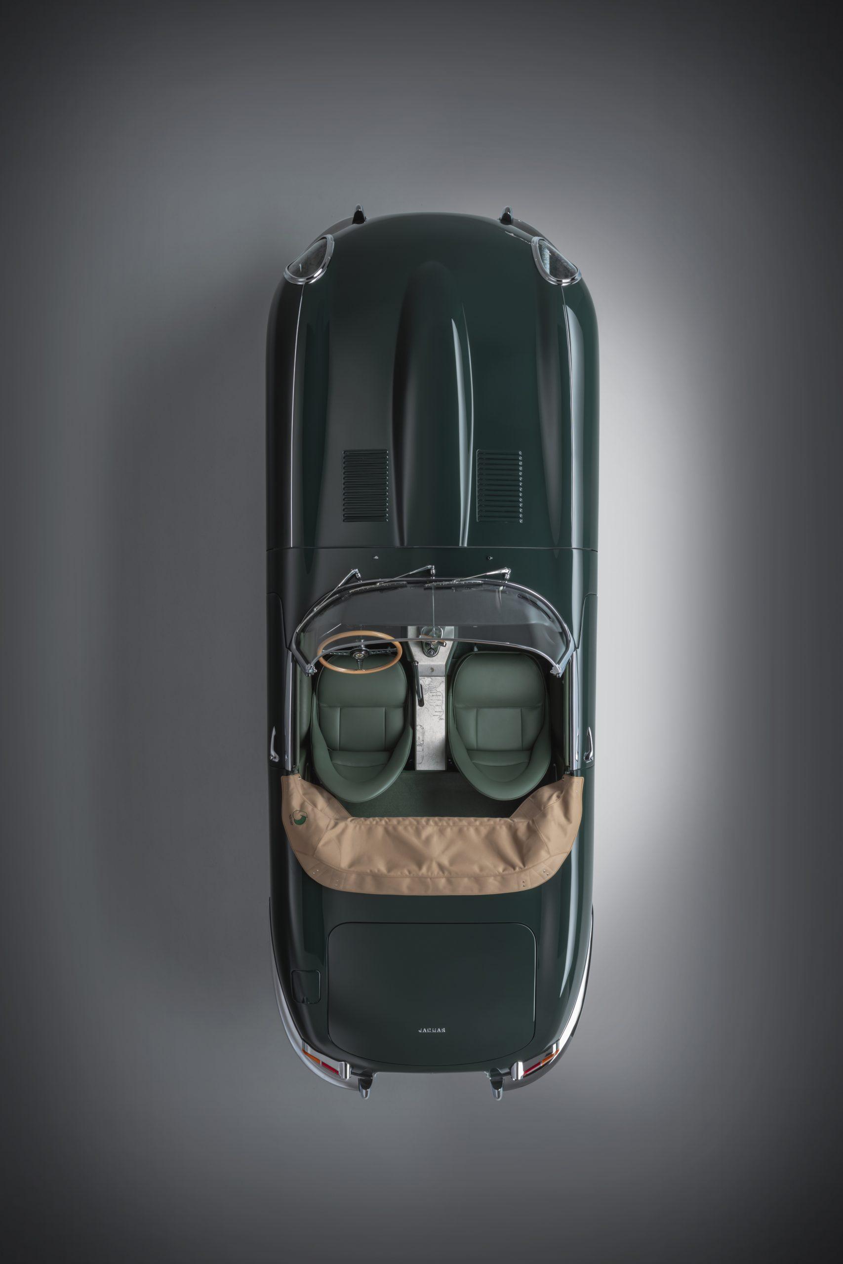 E-type 60 Edition Roadster_overhead