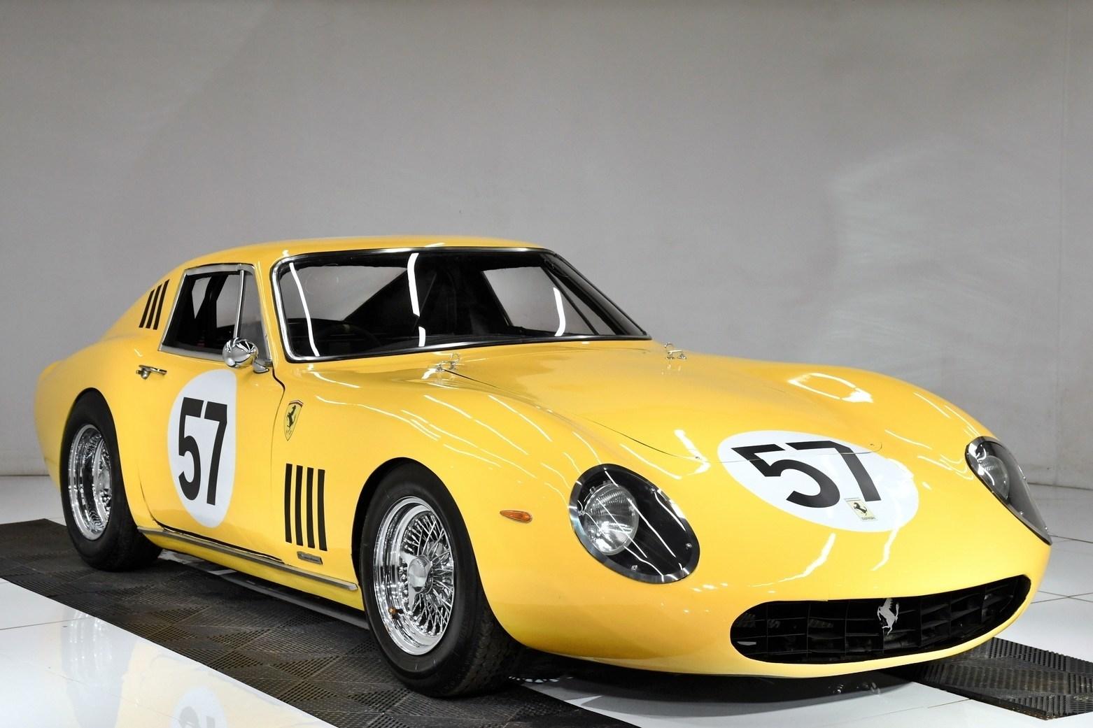 Volo Auto Museum Ferrari GTB Ford v ferrari