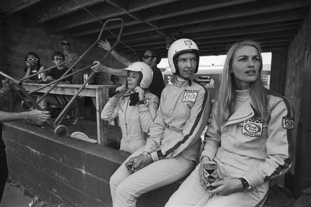 1969 Donna Mae Mims Janet Guthrie Liane Engeman sebring 12 hour endurance motorsport women