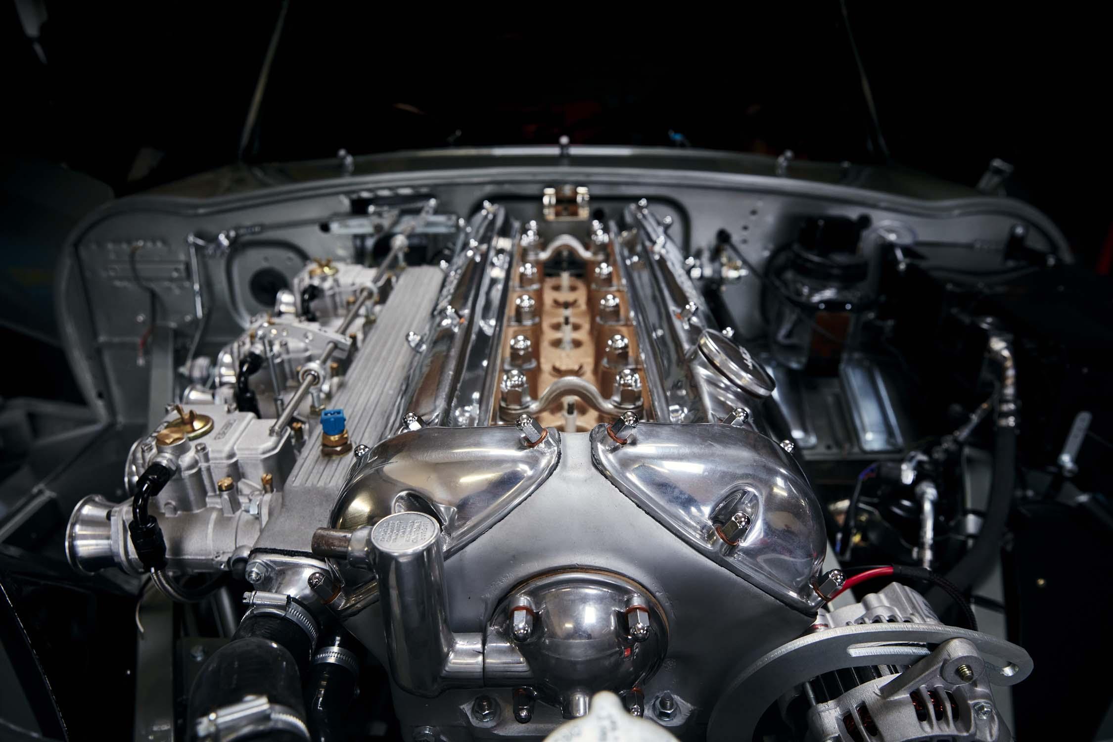 HELM E-type engine2