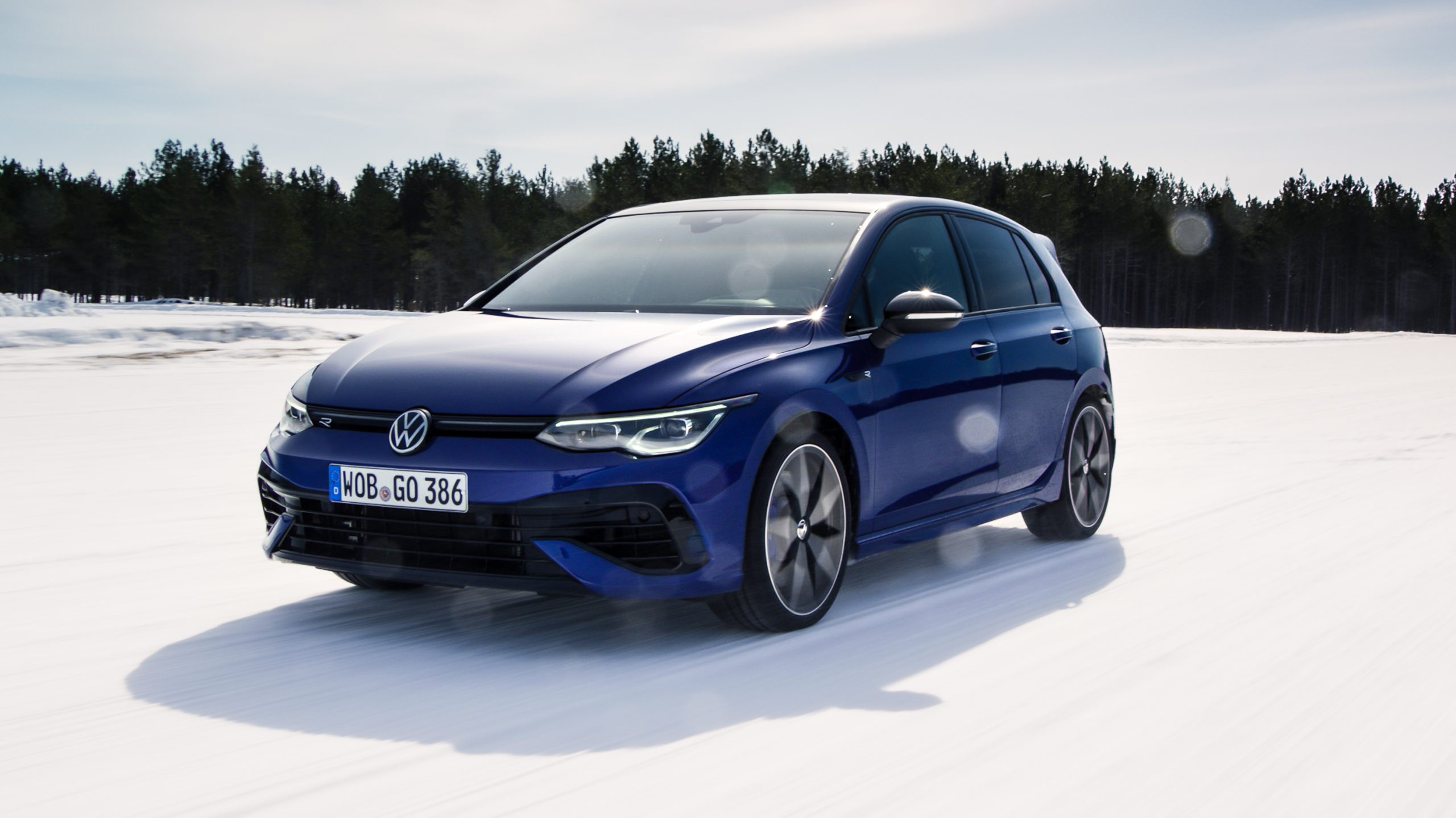 2022 Volkswagen Golf R front three-quarter action