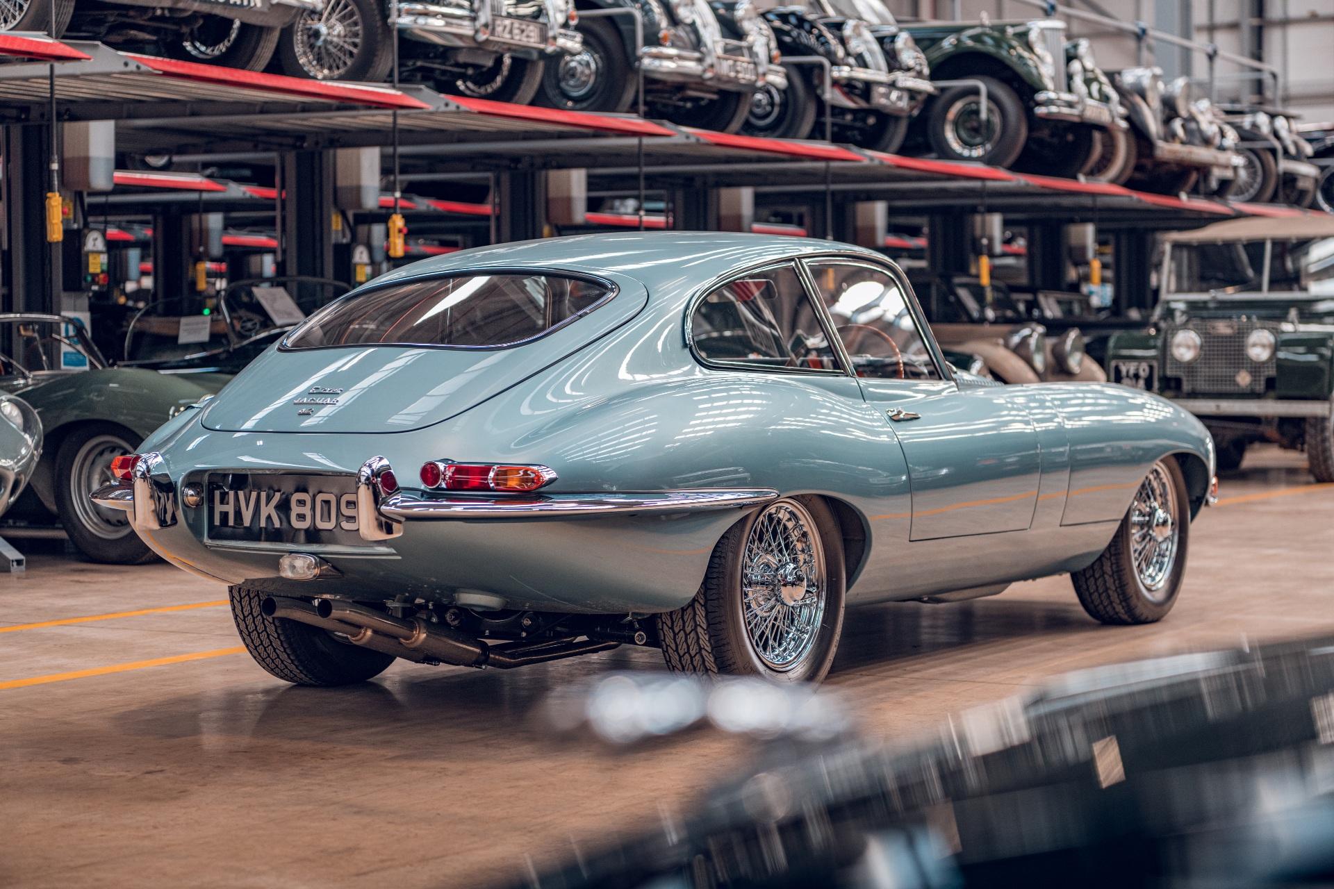 Jaguar E-Type Reborn 1965 Series 1 4.2 shop