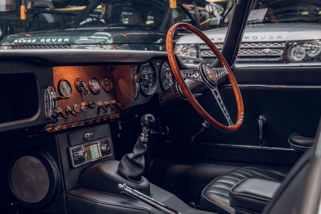 Jaguar E-Type Reborn 1965 Series 1 4.2 interior