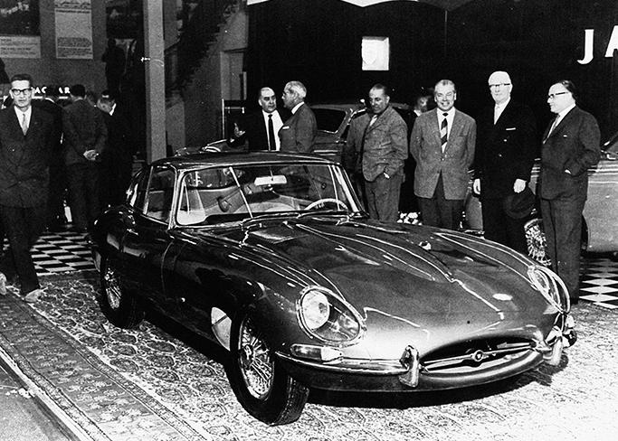 Jaguar 1961 E-TYPE coupe carpet Geneva Norman Dewis