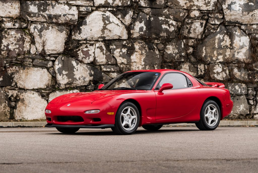 1993 Mazda RX-7 R1 front three-quarter