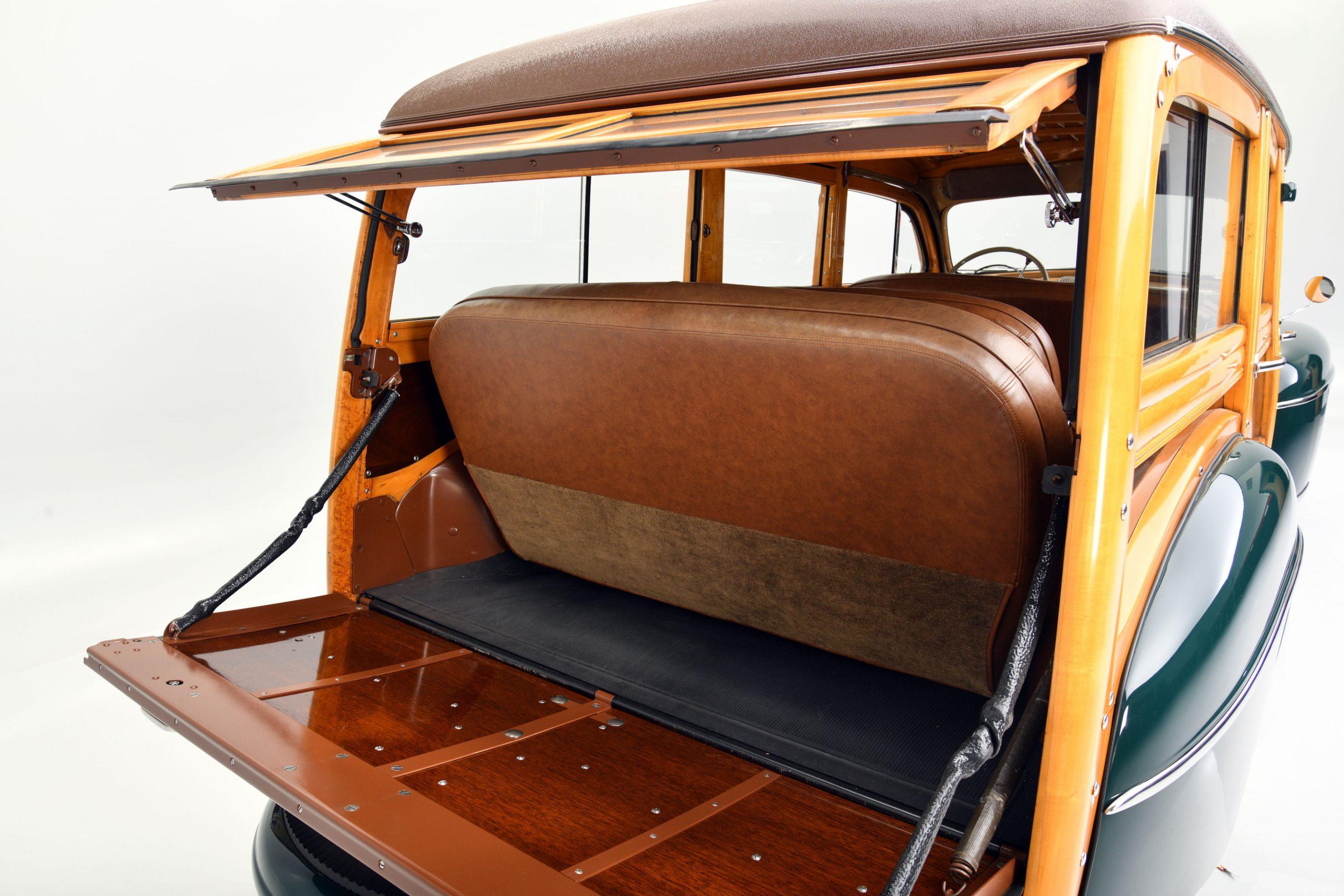 1947 FORD SUPER DELUXE CUSTOM interior rear cargo
