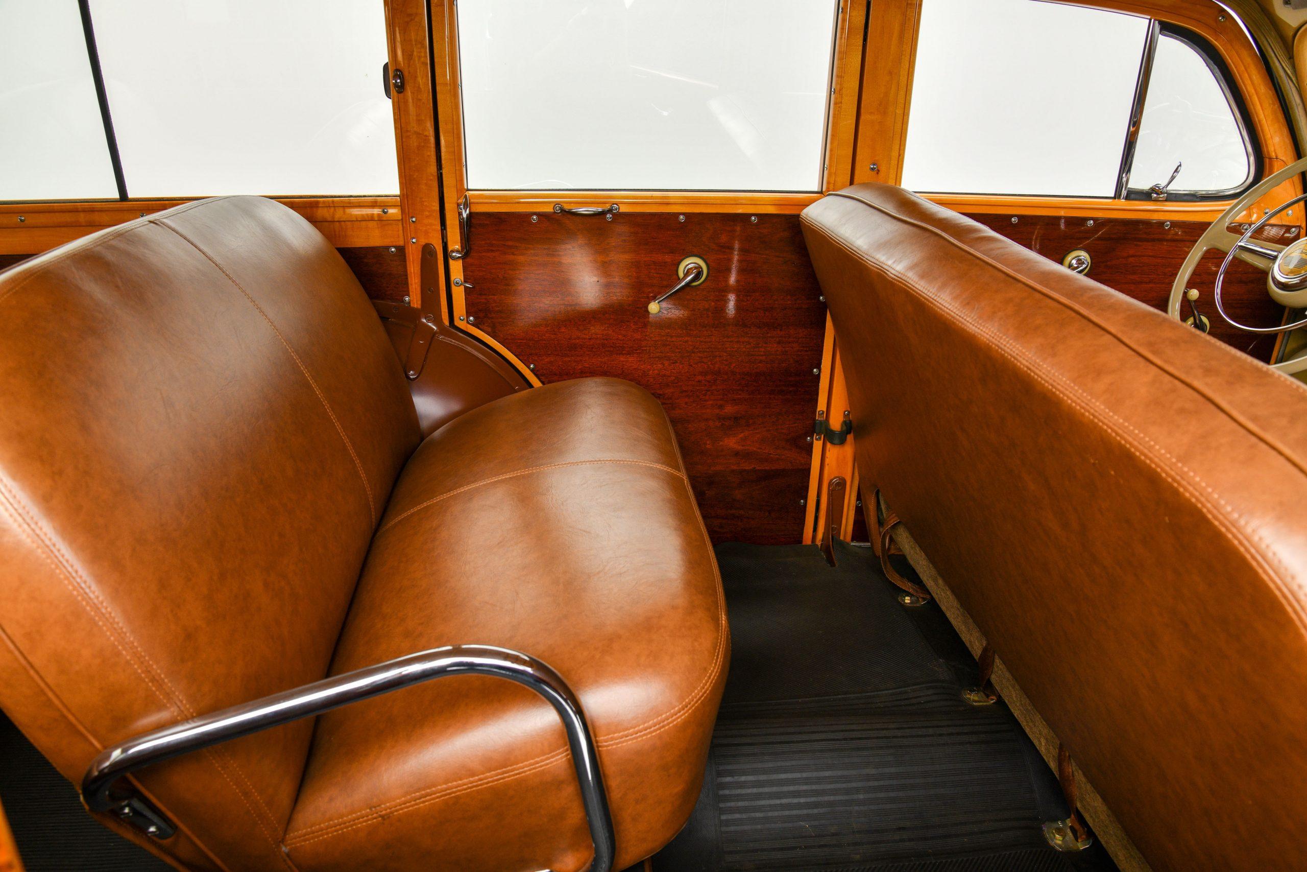 1947 FORD SUPER DELUXE CUSTOM interior rear seat