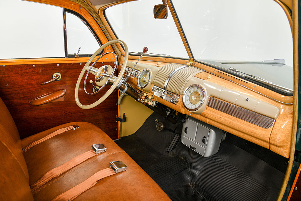 1947 FORD SUPER DELUXE CUSTOM interior front