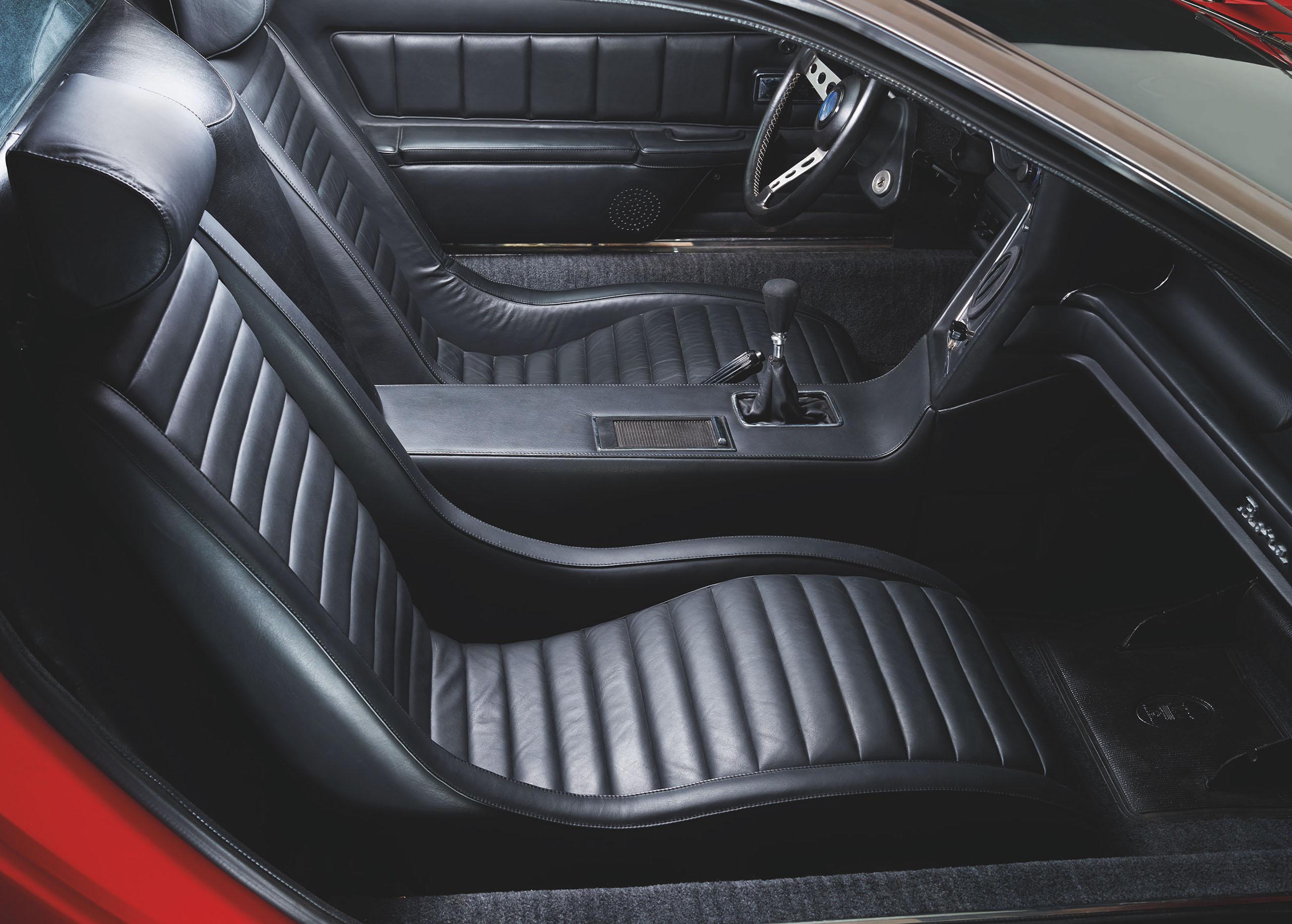 Maserati Bora interior passenger side