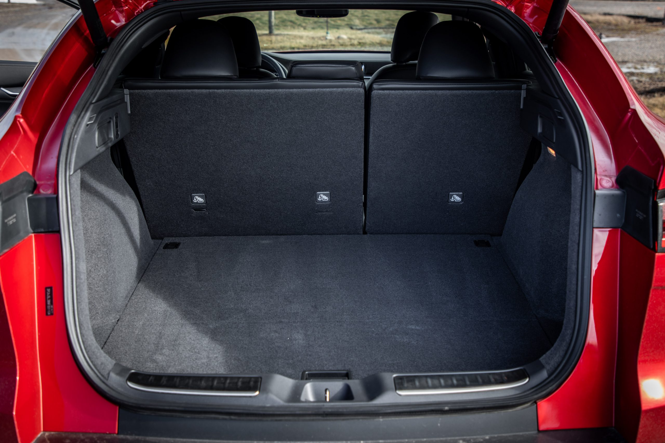 2022 Infiniti QX55 interior rear hatch trunk