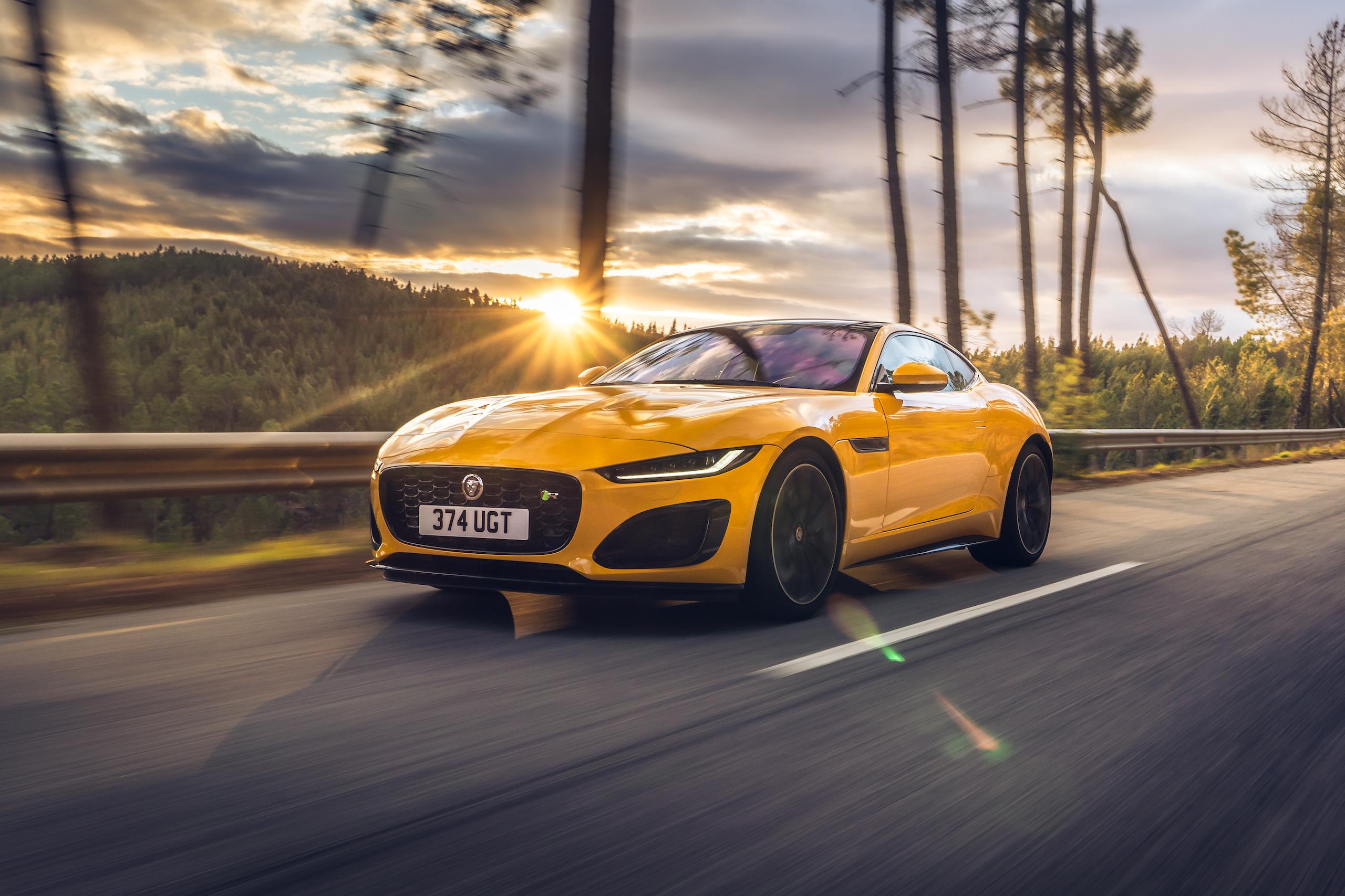 2021 Jaguar F-TYPE_R Coupe front three-quarter action