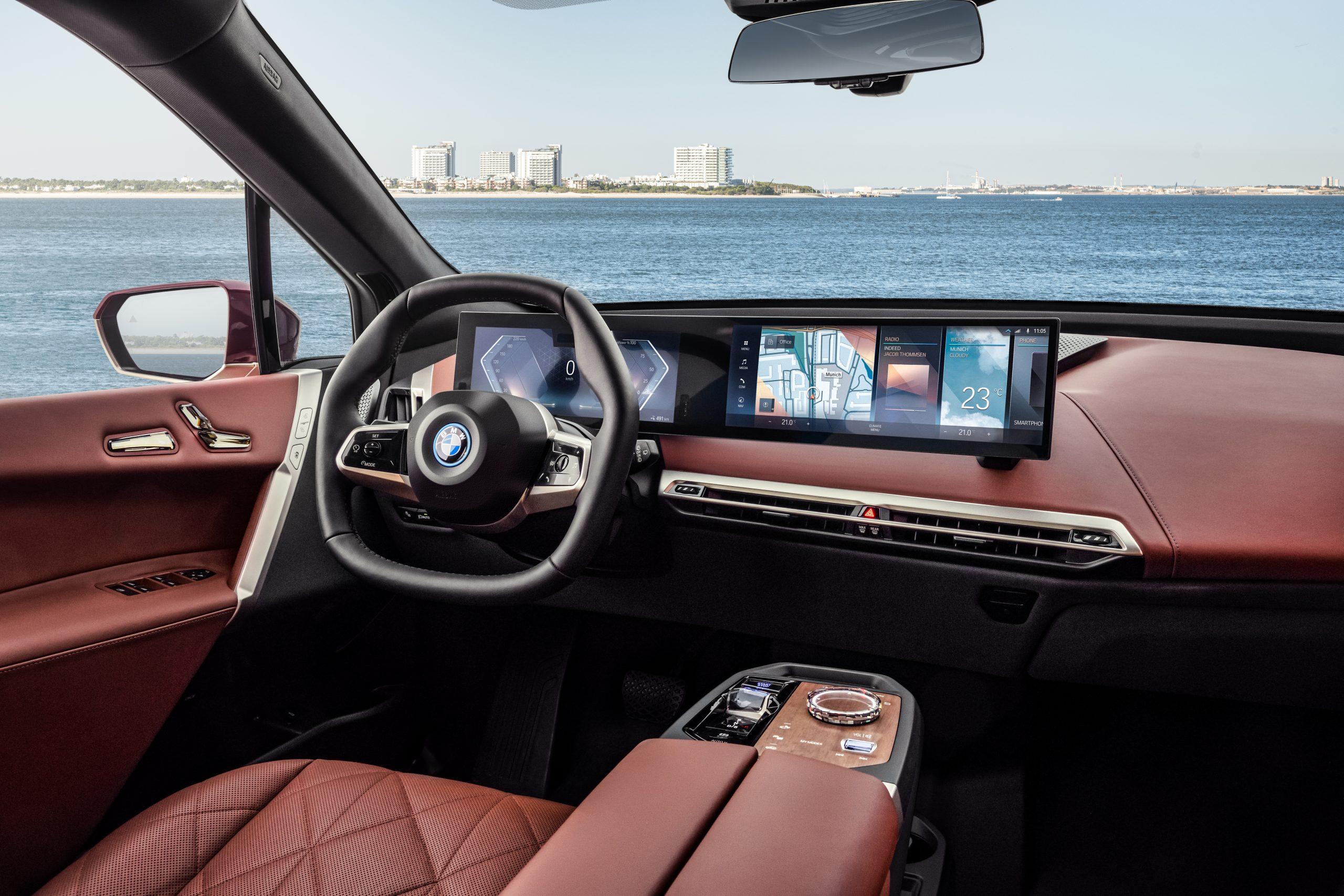 BMW iDrive 8 iX interior
