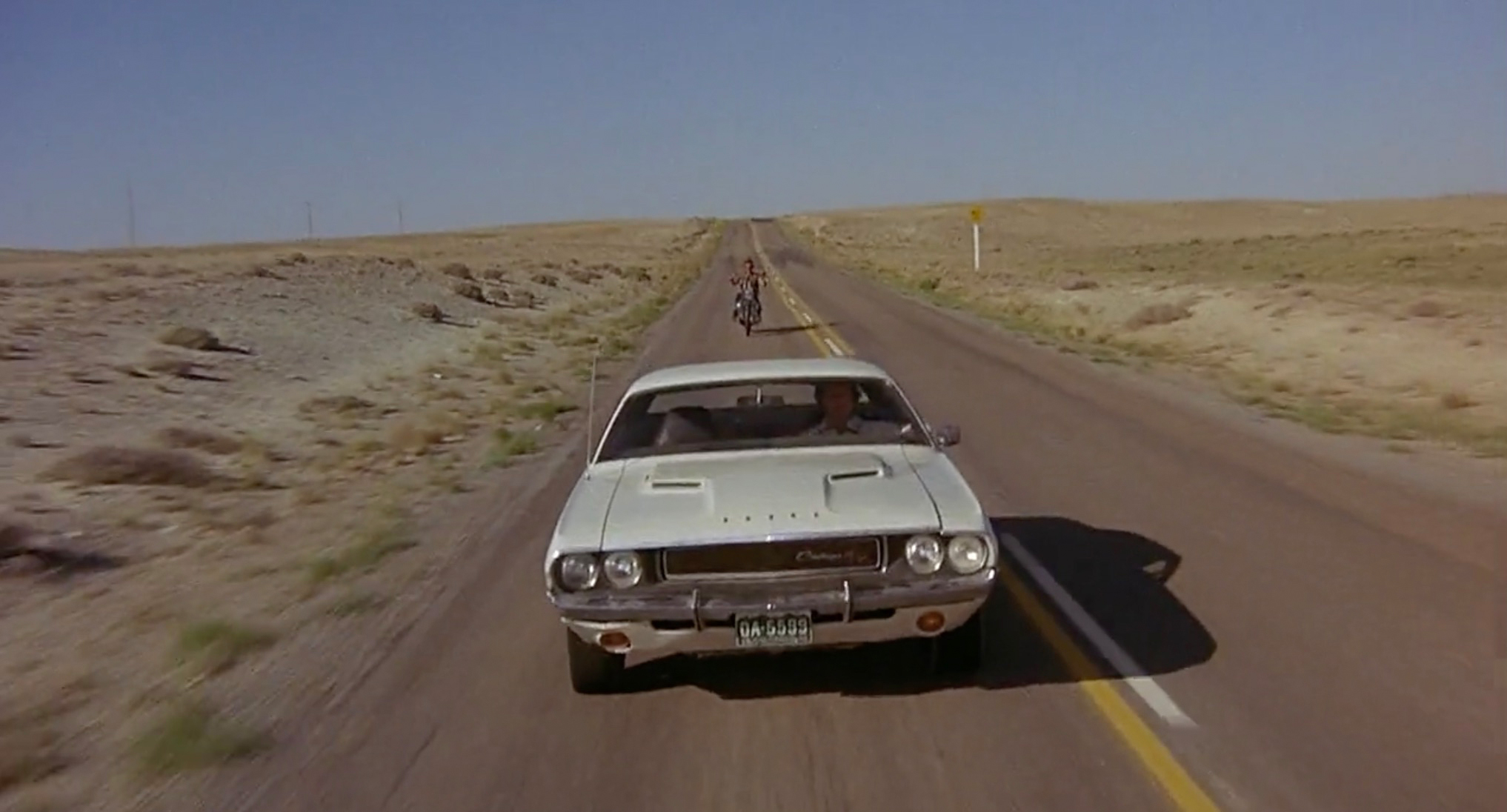 1970 Dodge Challenger R/T 440 Magnum front desert highway action