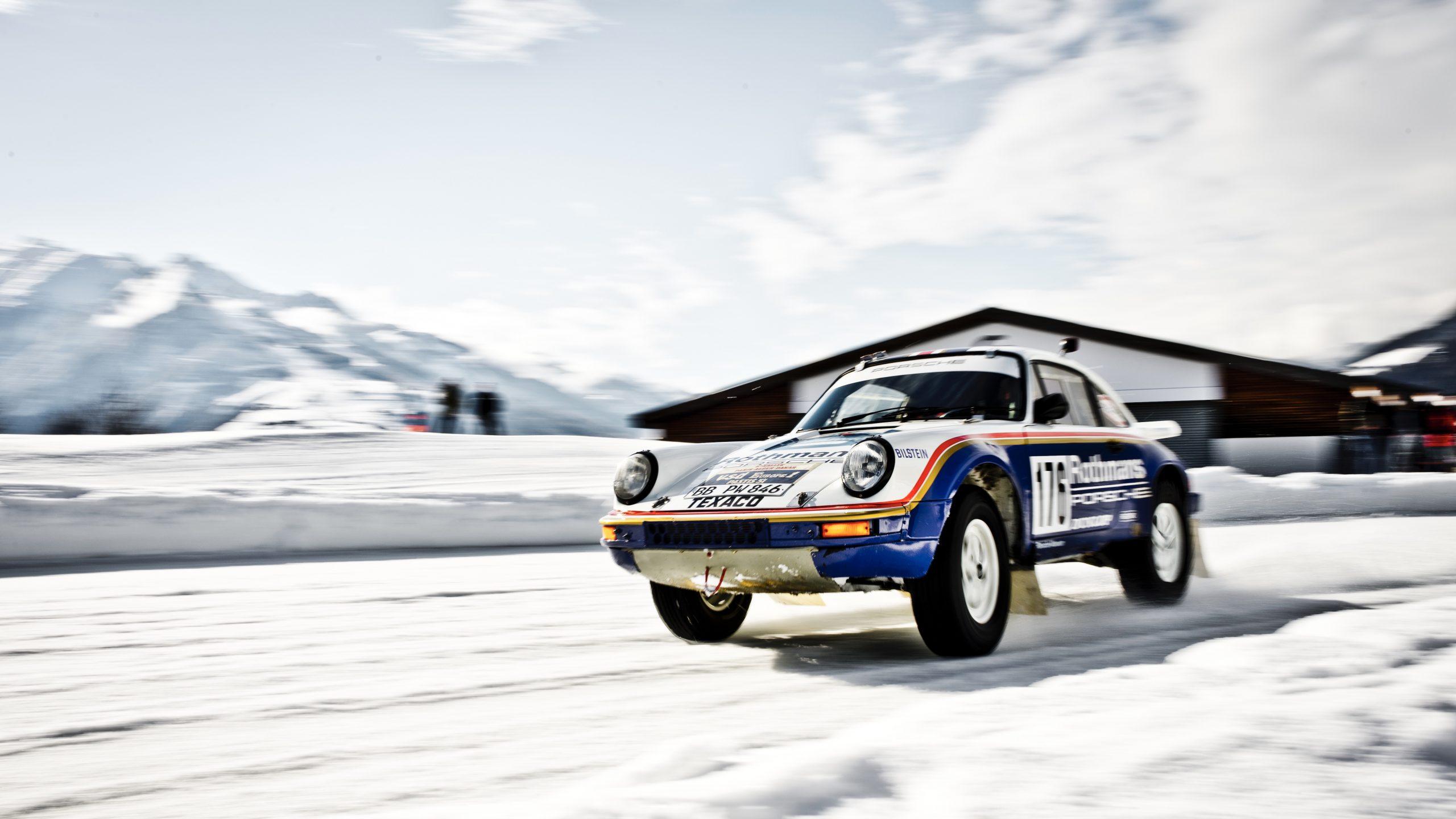 Porsche 953/Walter Röhrl cruising front three quarter