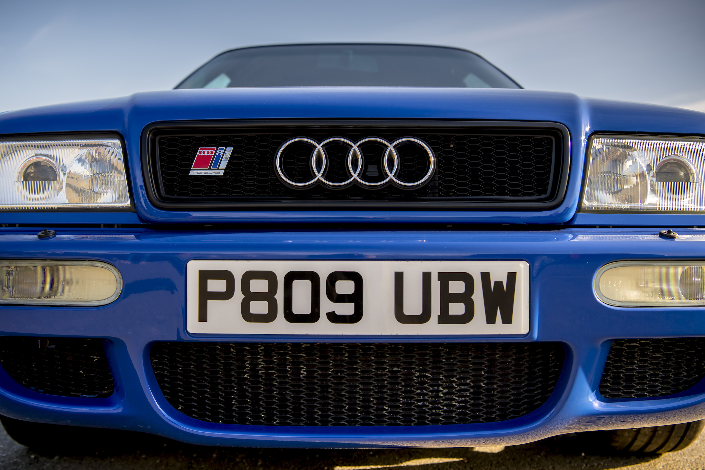Audi RS2 front