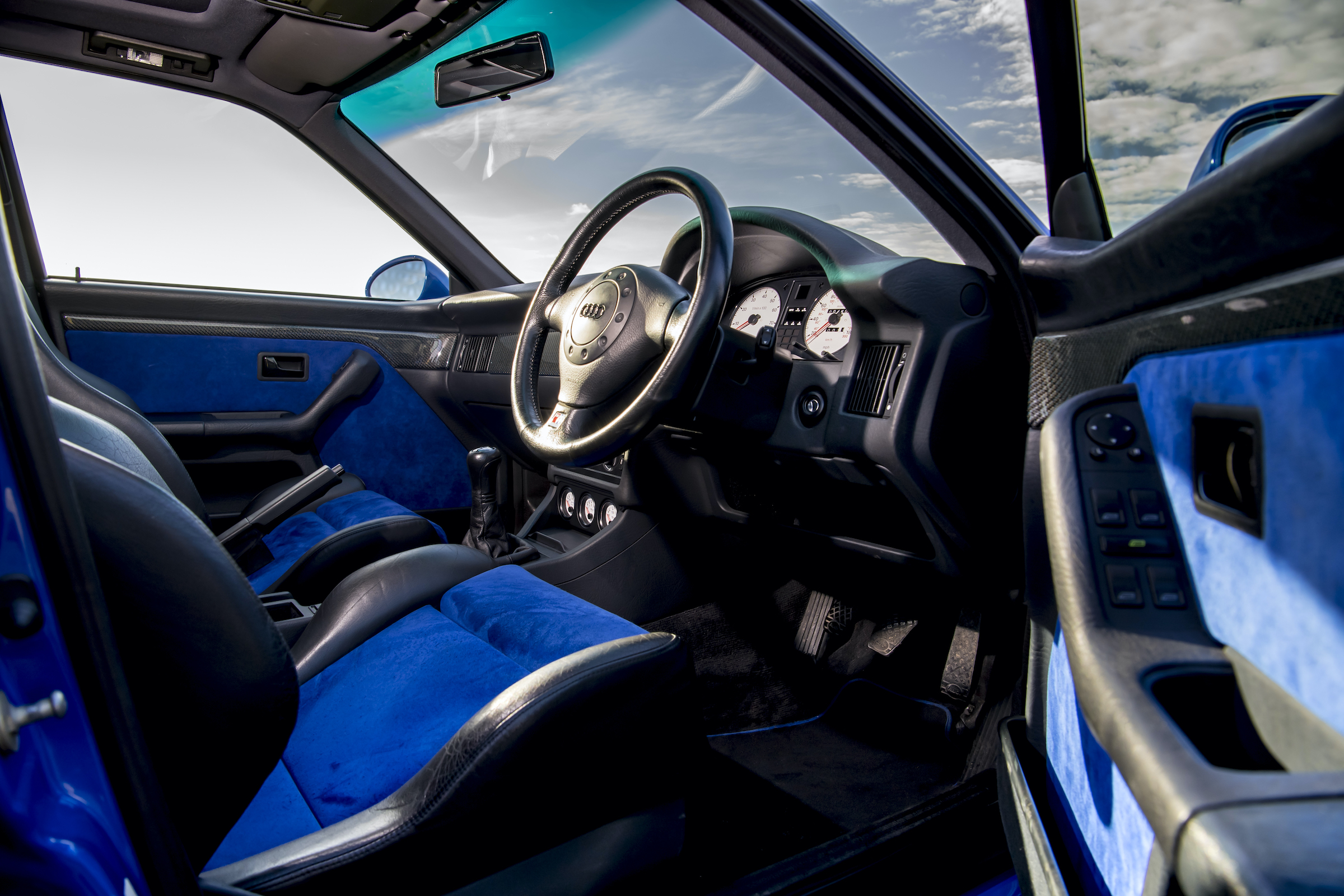 Audi RS2 interior driver entry