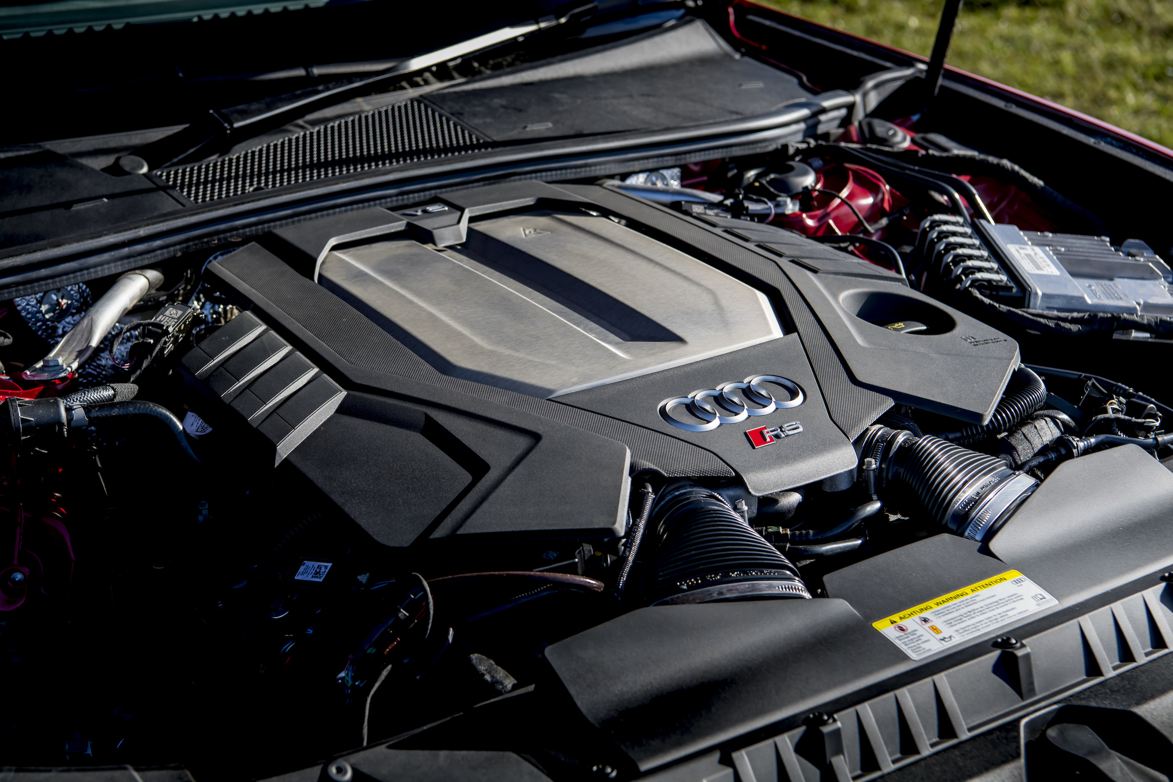 Audi RS6 engine bay