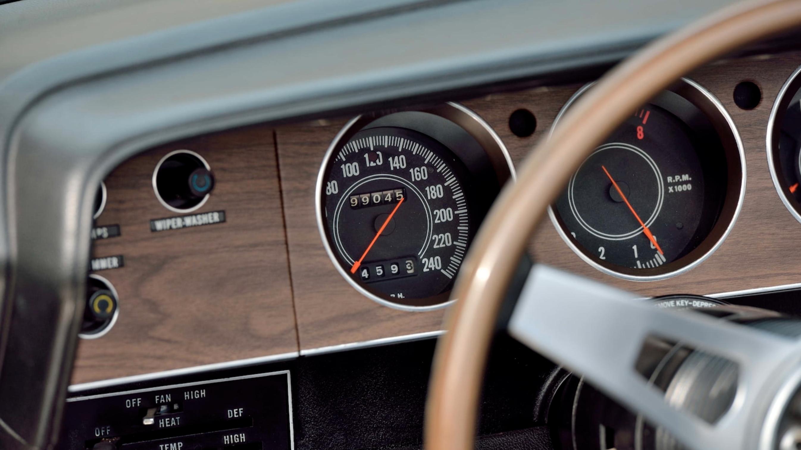 1971 Plymouth Hemi Cuda Convertible export speedometer
