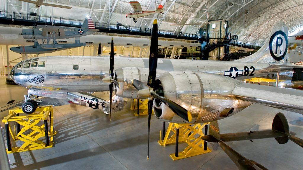 Smithsonian - B-29 Enola Gay 2