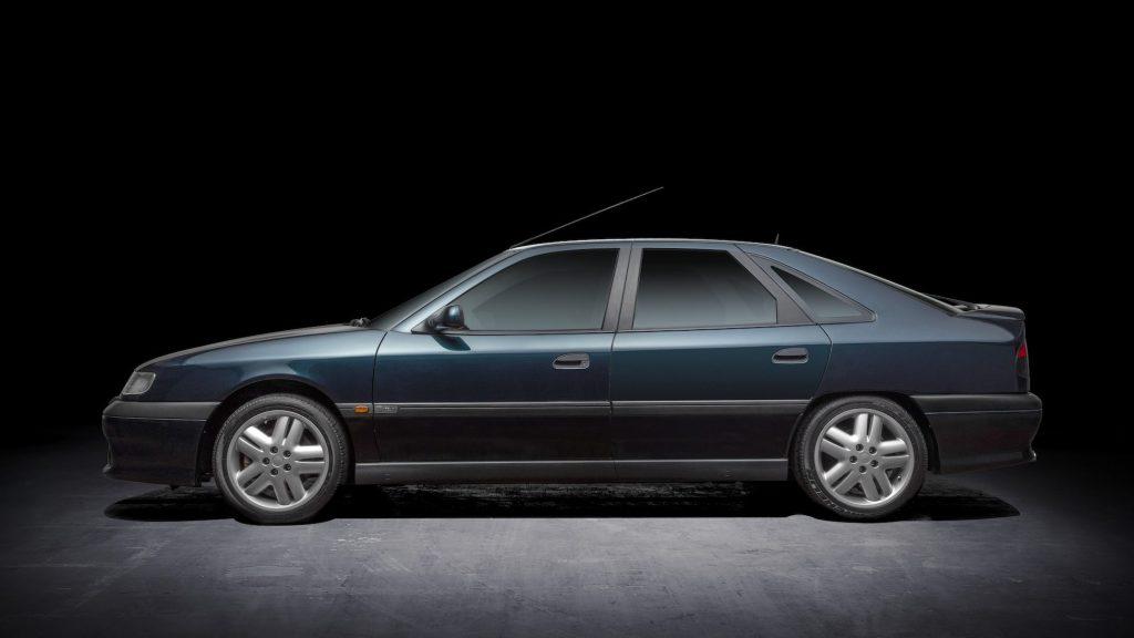Renault Safrane side profile