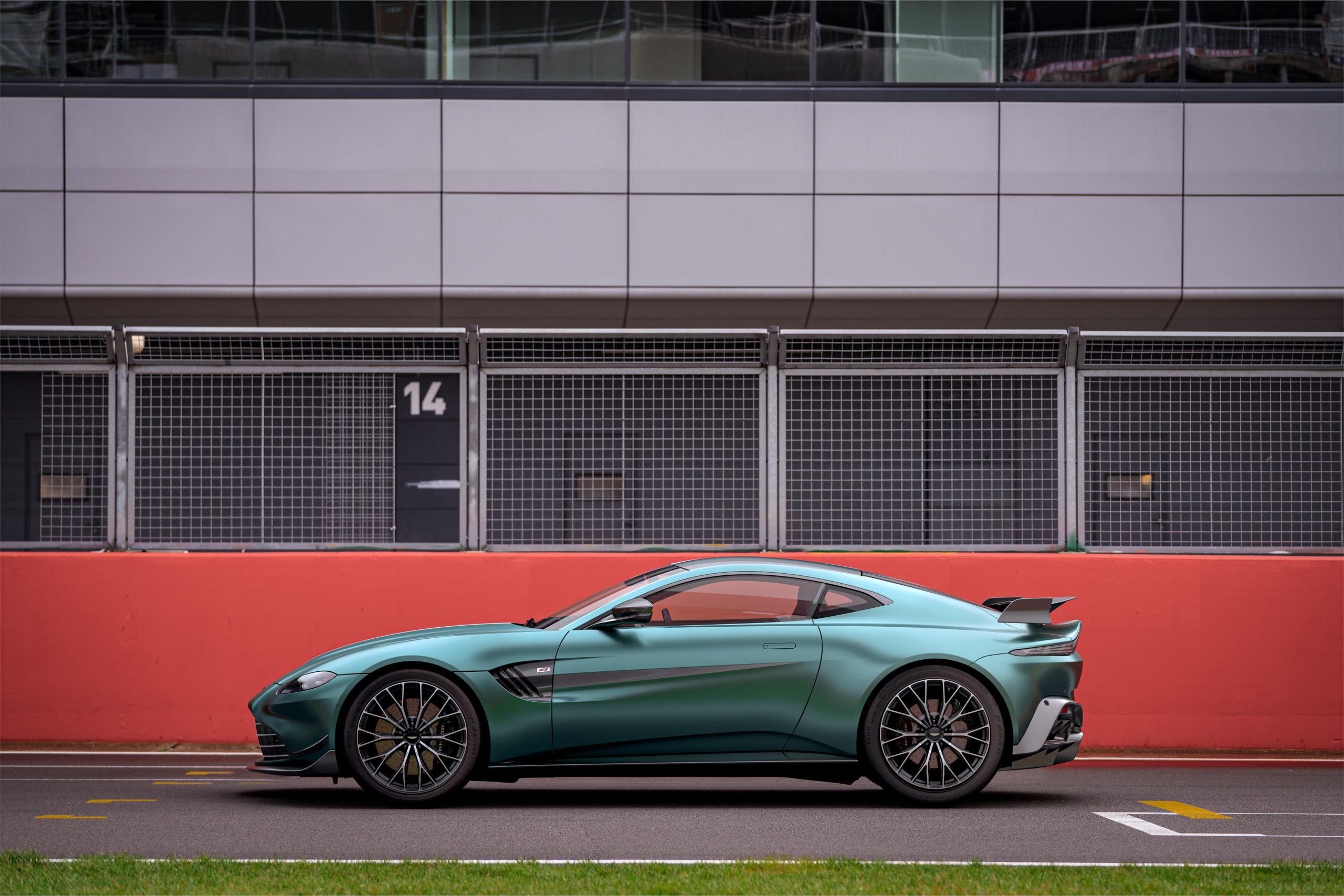 Aston Martin VantageF1®Edition_04