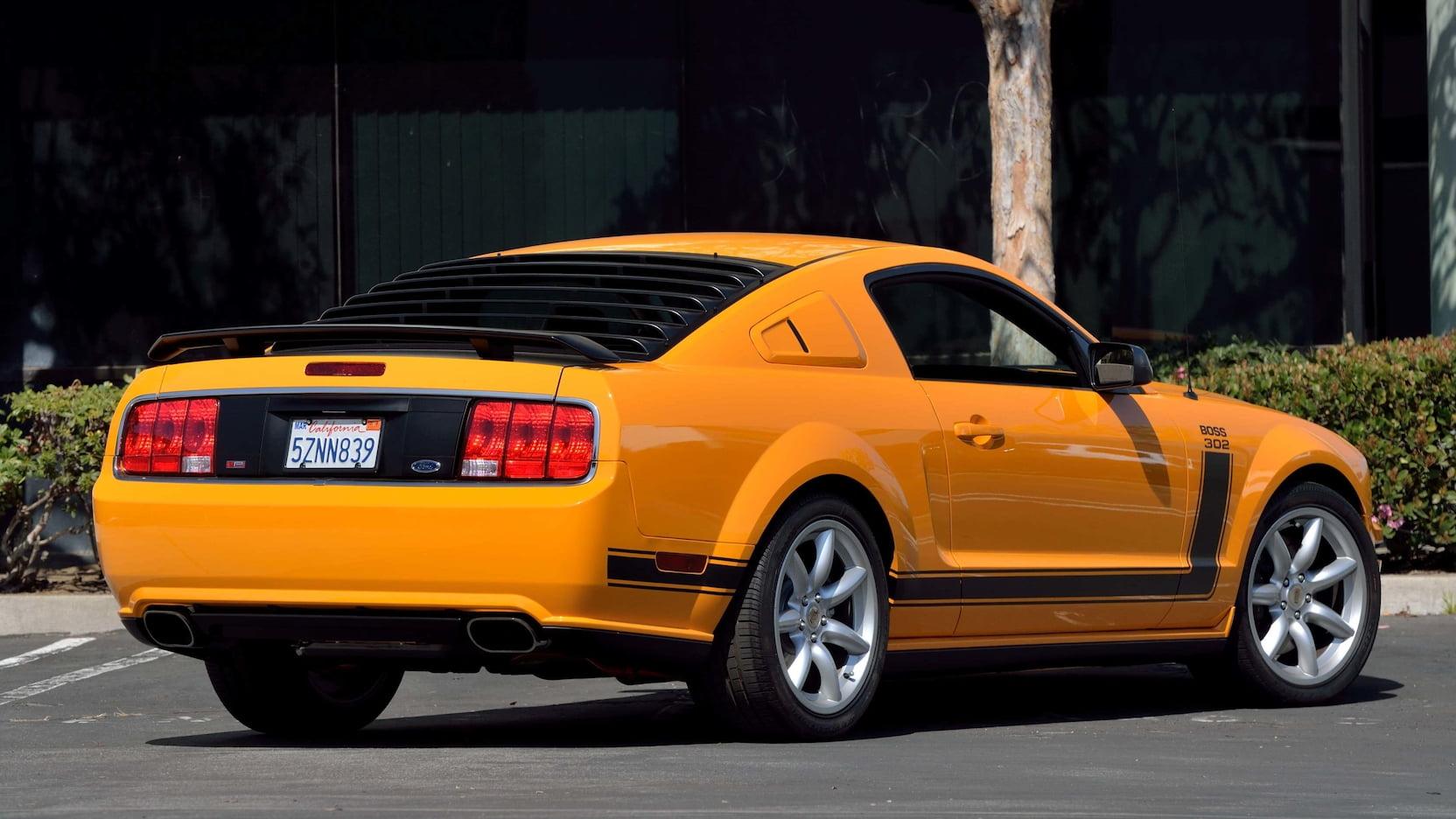 2007 Ford Mustang Saleen Parnelli Jones Mecum 001
