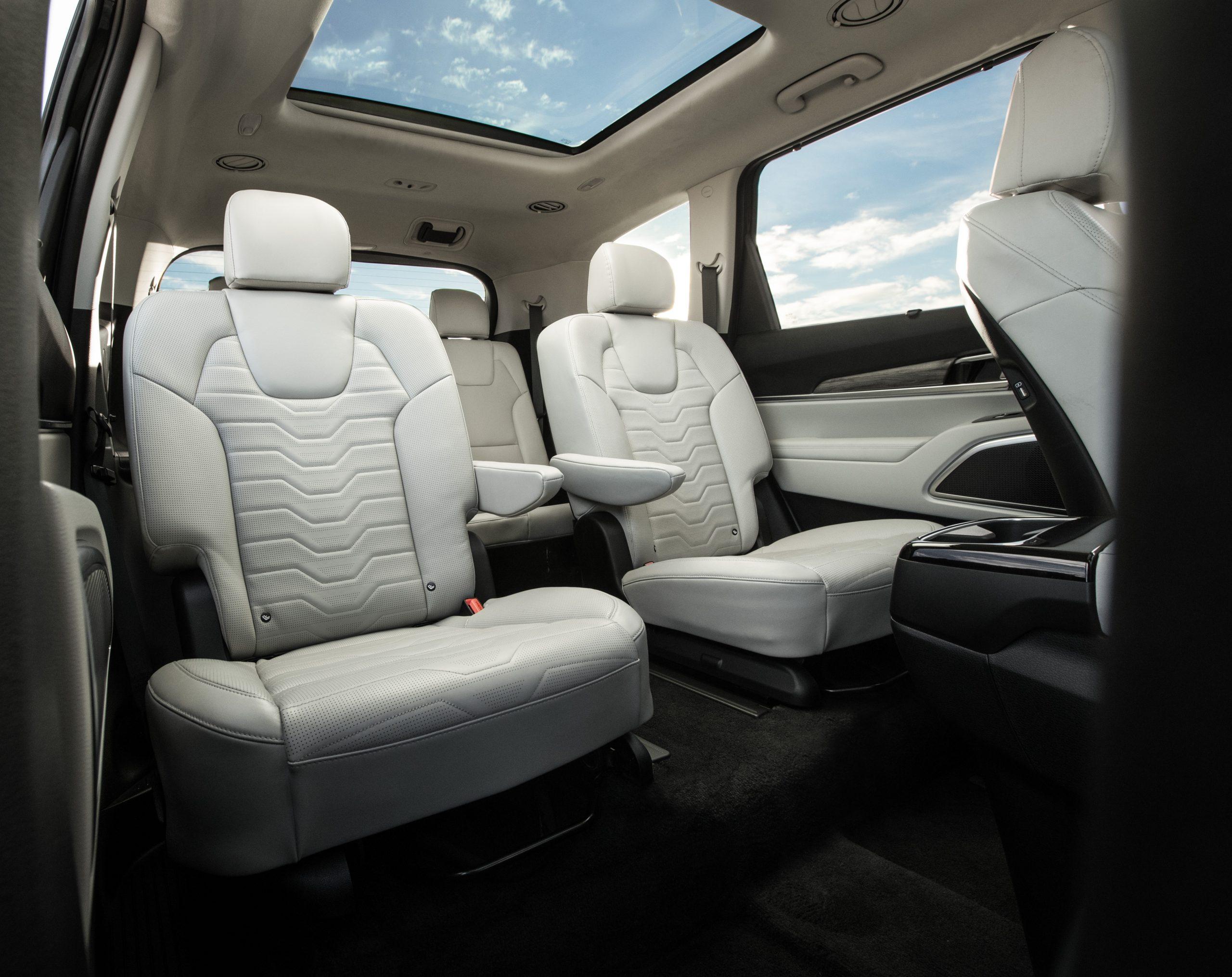 2020 Kia Telluride rear seats