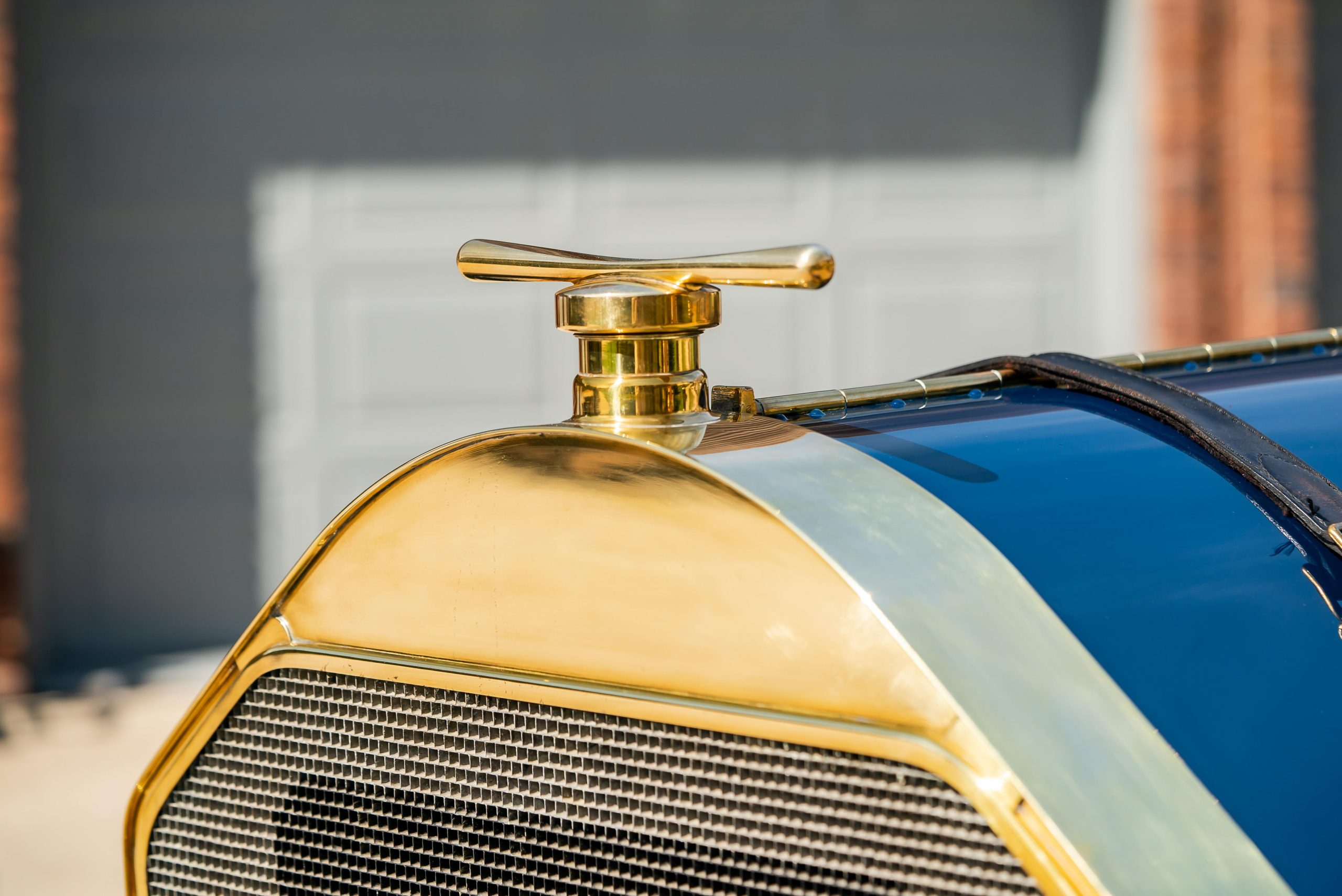 1911 Inter-State Fifty Bulldog Indianapolis Recreation hood ornament
