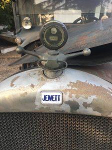 1925 Jewett front ornament emblem