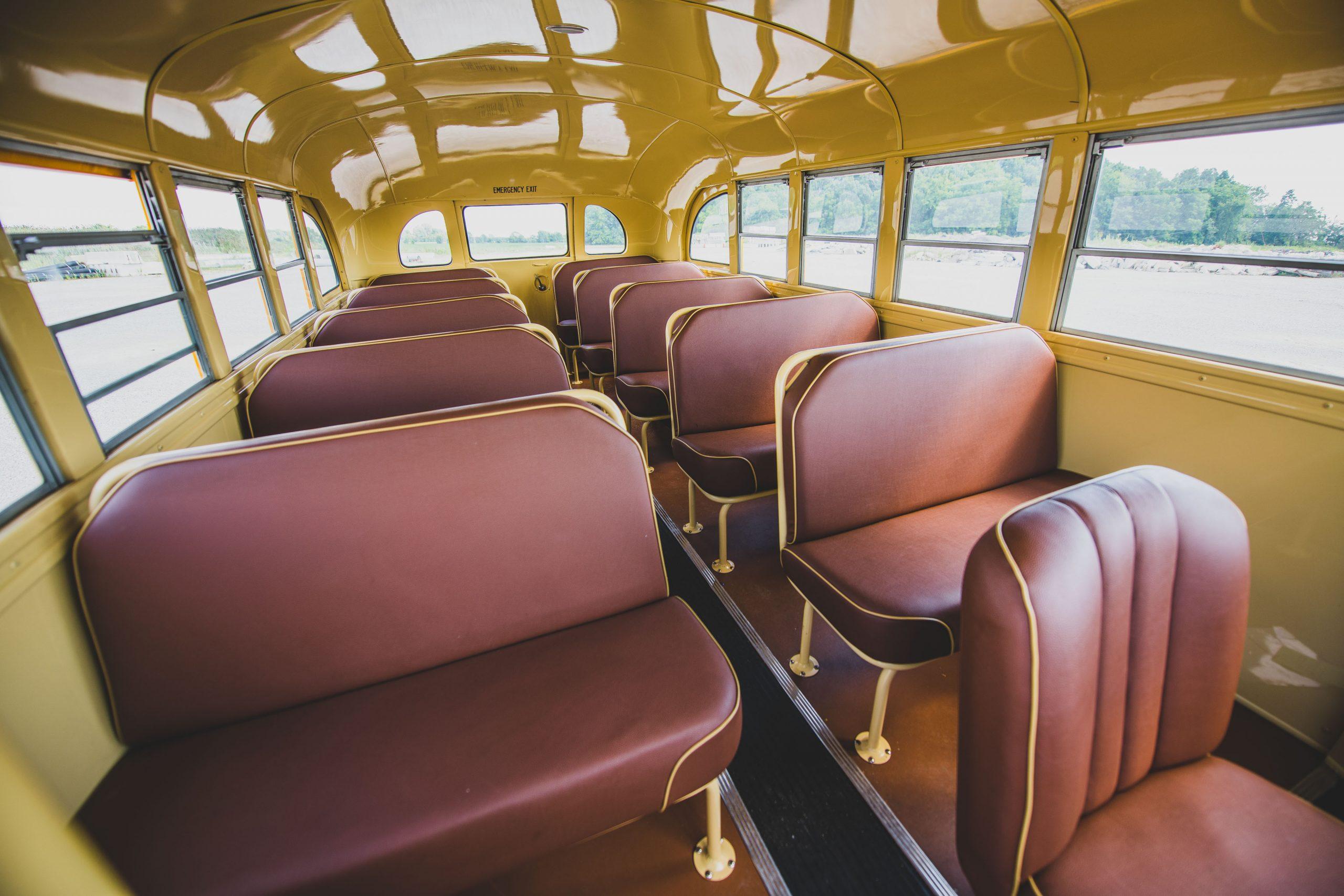 1949-Nash-Model-3248-School-Bus interior