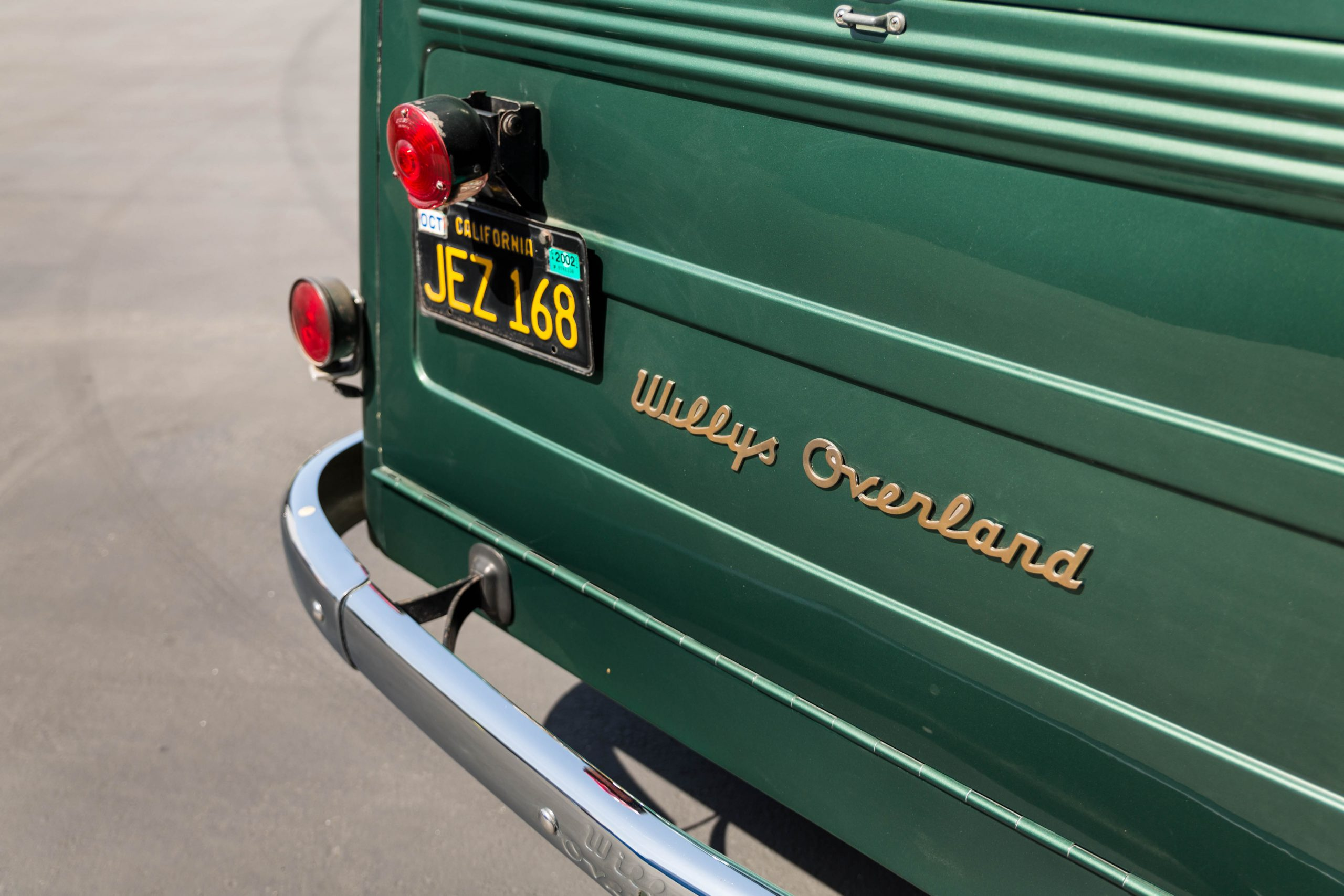 1949-Willys-Jeep-Station-Wagon-Camper rear emblem