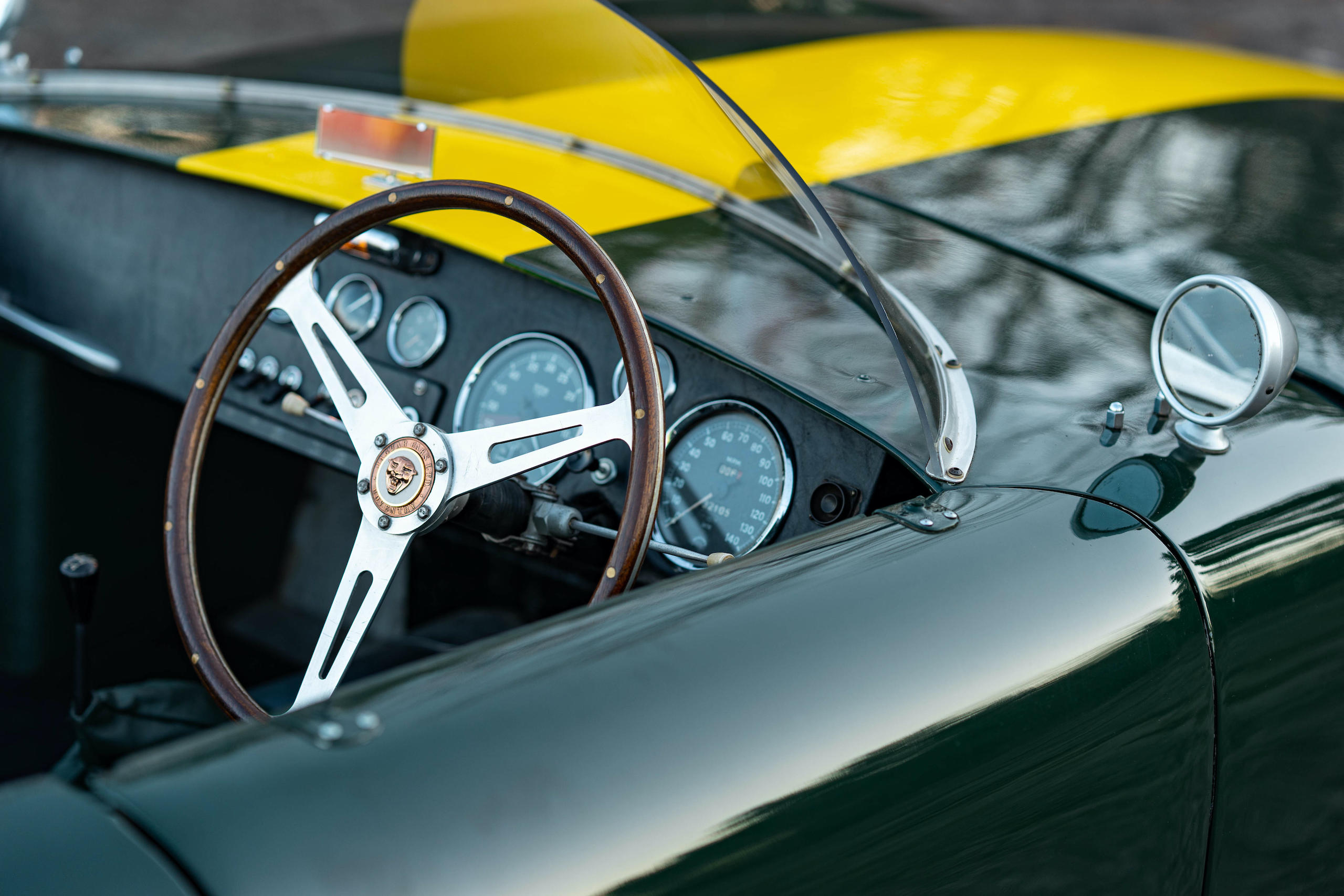 1953 RGS Atalanta steering wheel