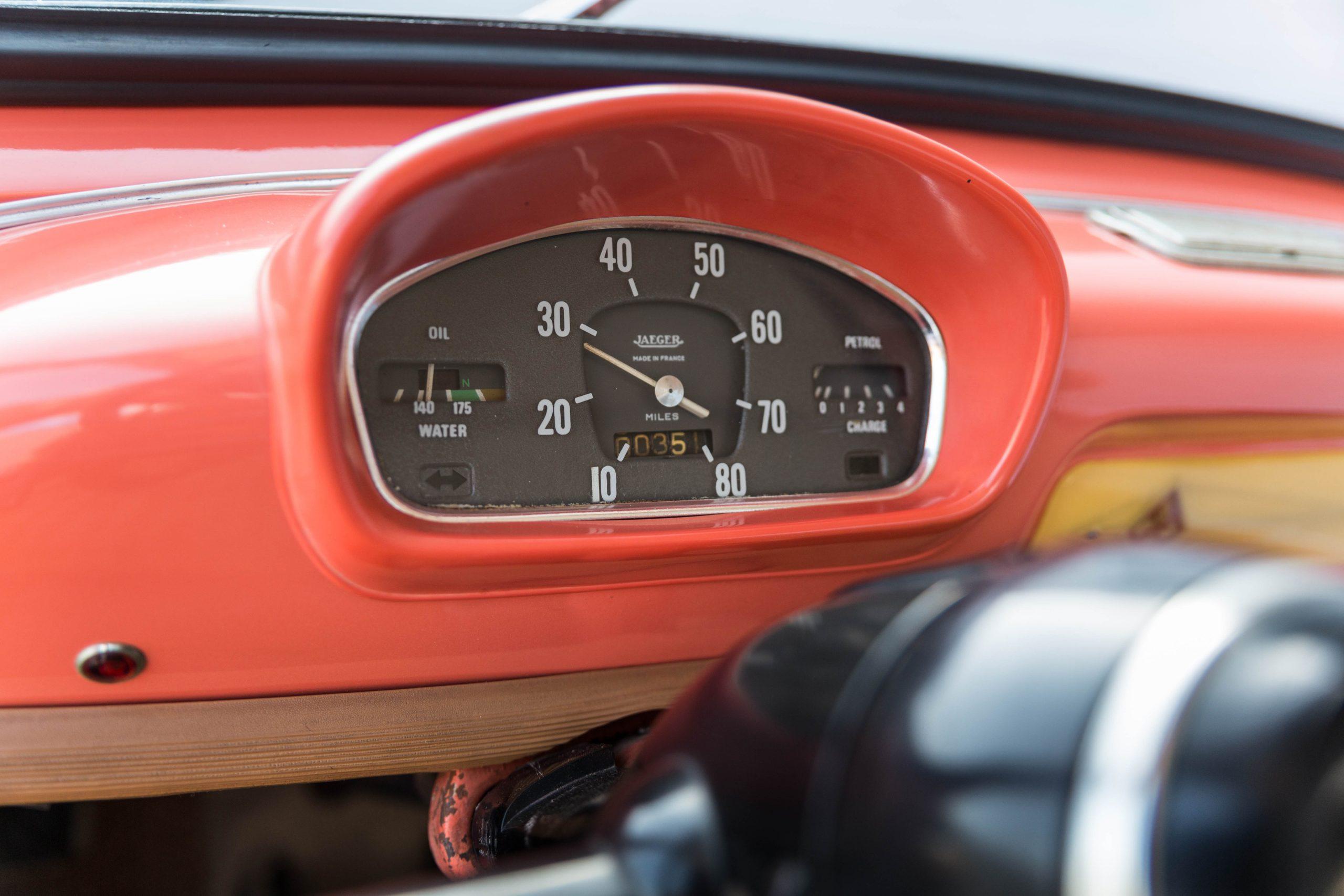 1961-Renault-4CV-Jolly-by-Ghia speedometer