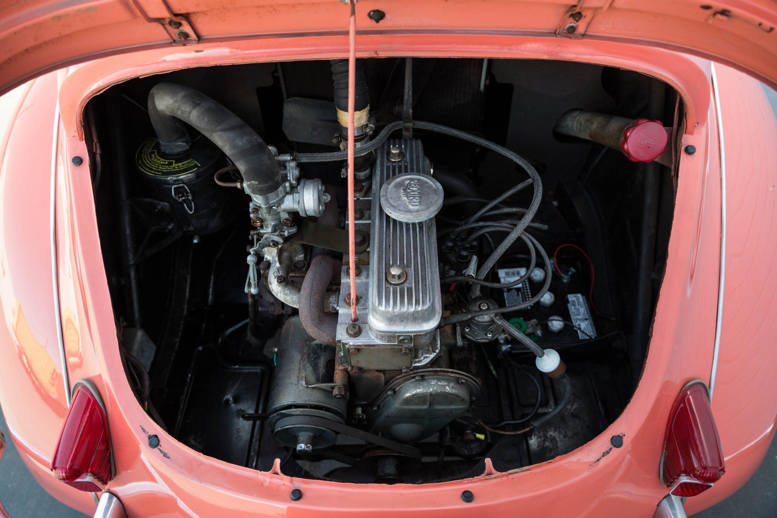 1961-Renault-4CV-Jolly-by-Ghia engine