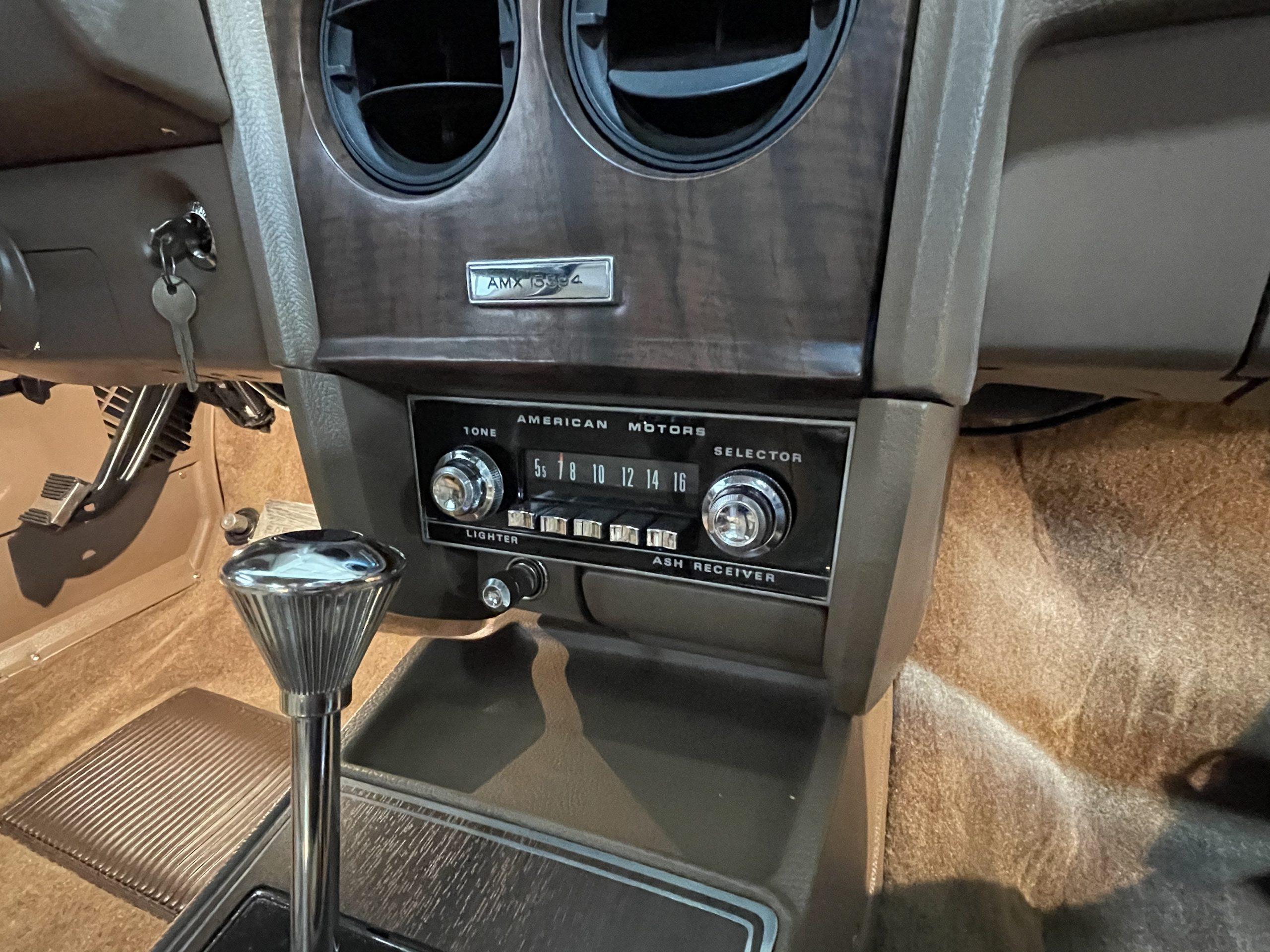 1969-AMC-AMX-California-500-Special interior