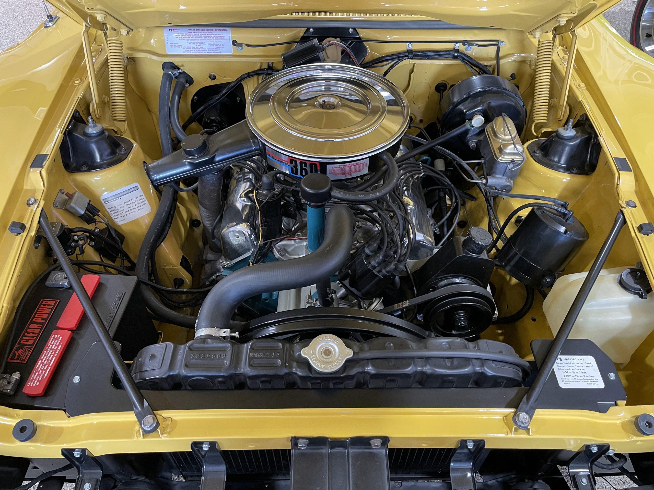 1974-AMC-Javelin-AMX engine