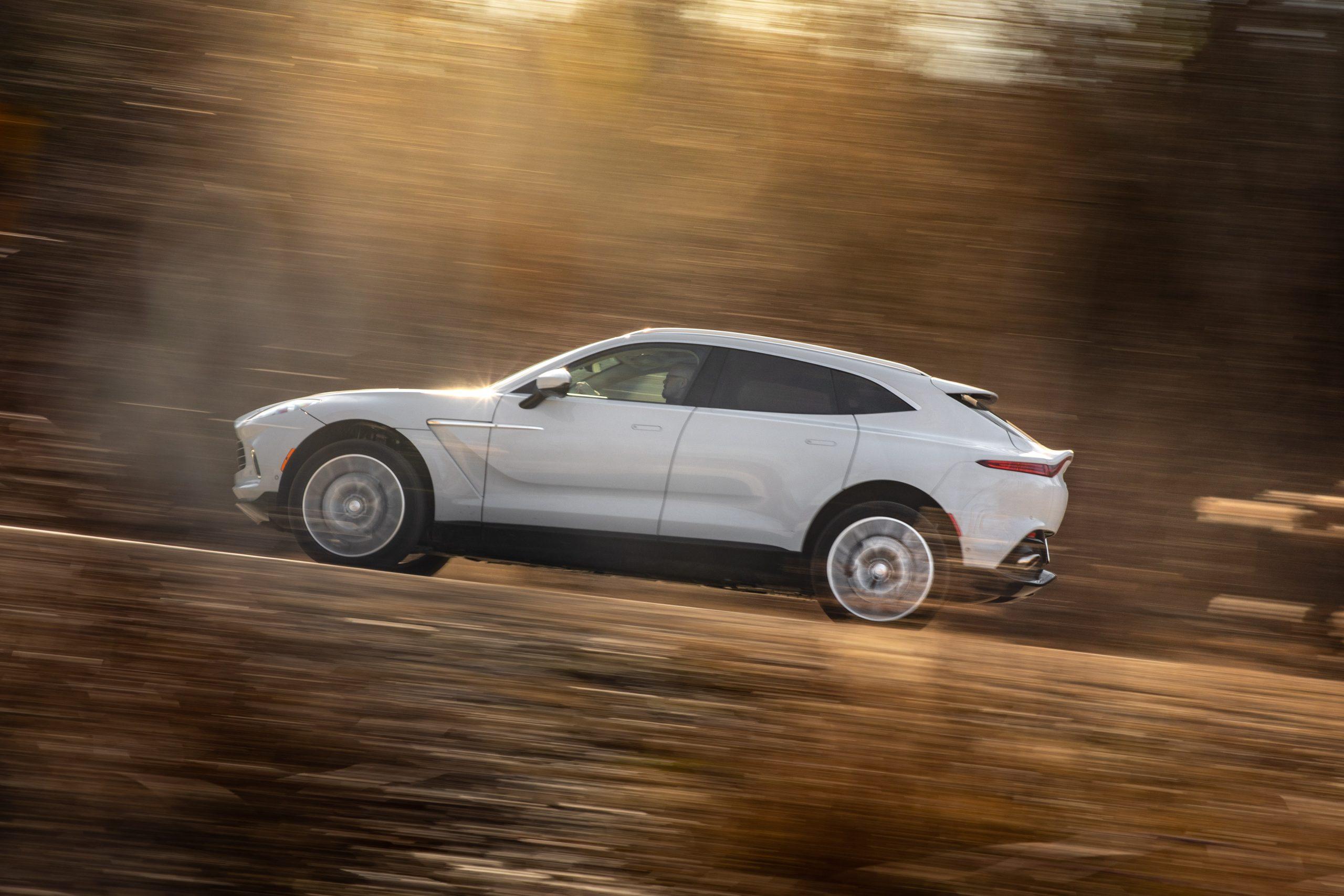 2021 Aston Martin DBX side profile action