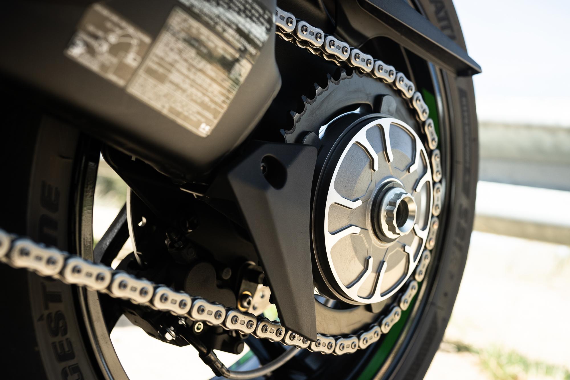 2021 Kawasaki H2 SX-SE rear sprocket chain