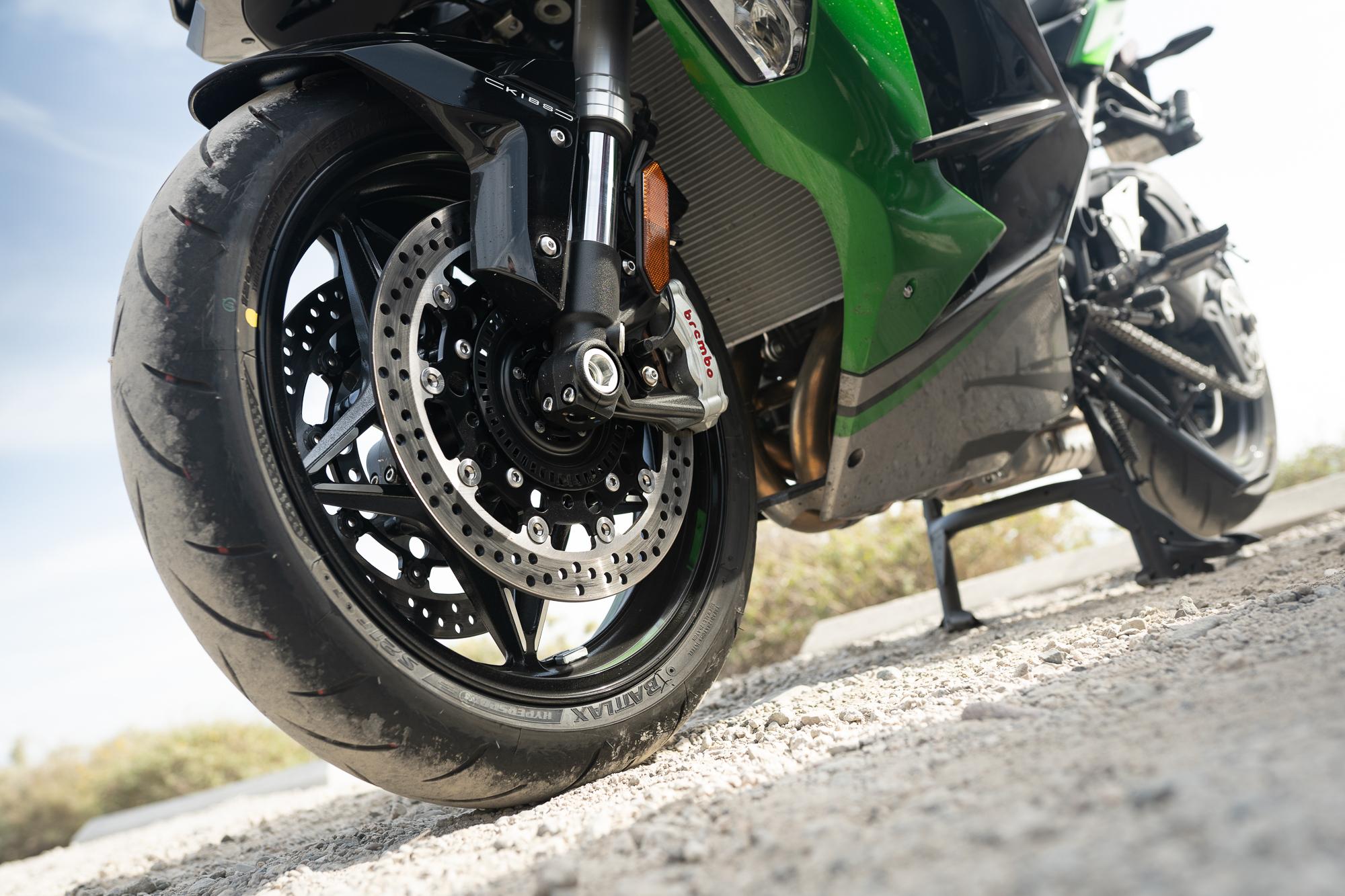 2021 Kawasaki H2 SX-SE front wheel