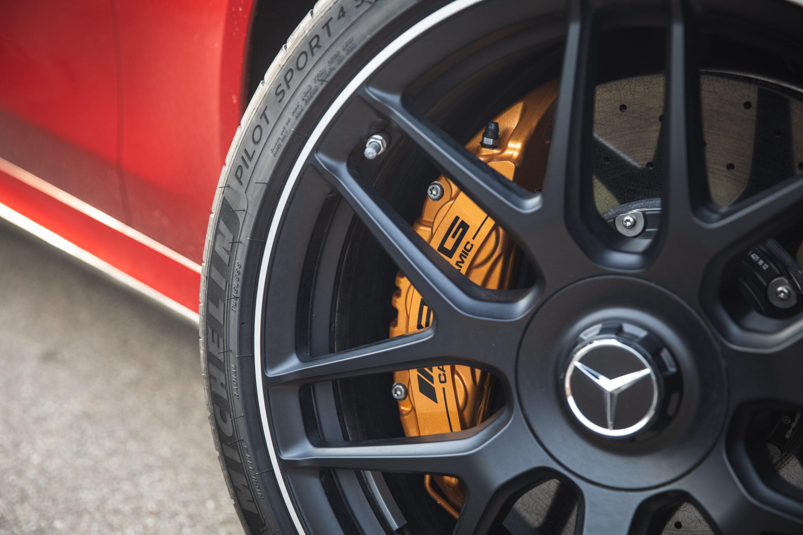 2021 Mercedes-AMG E63 S wagon wheel tire detail