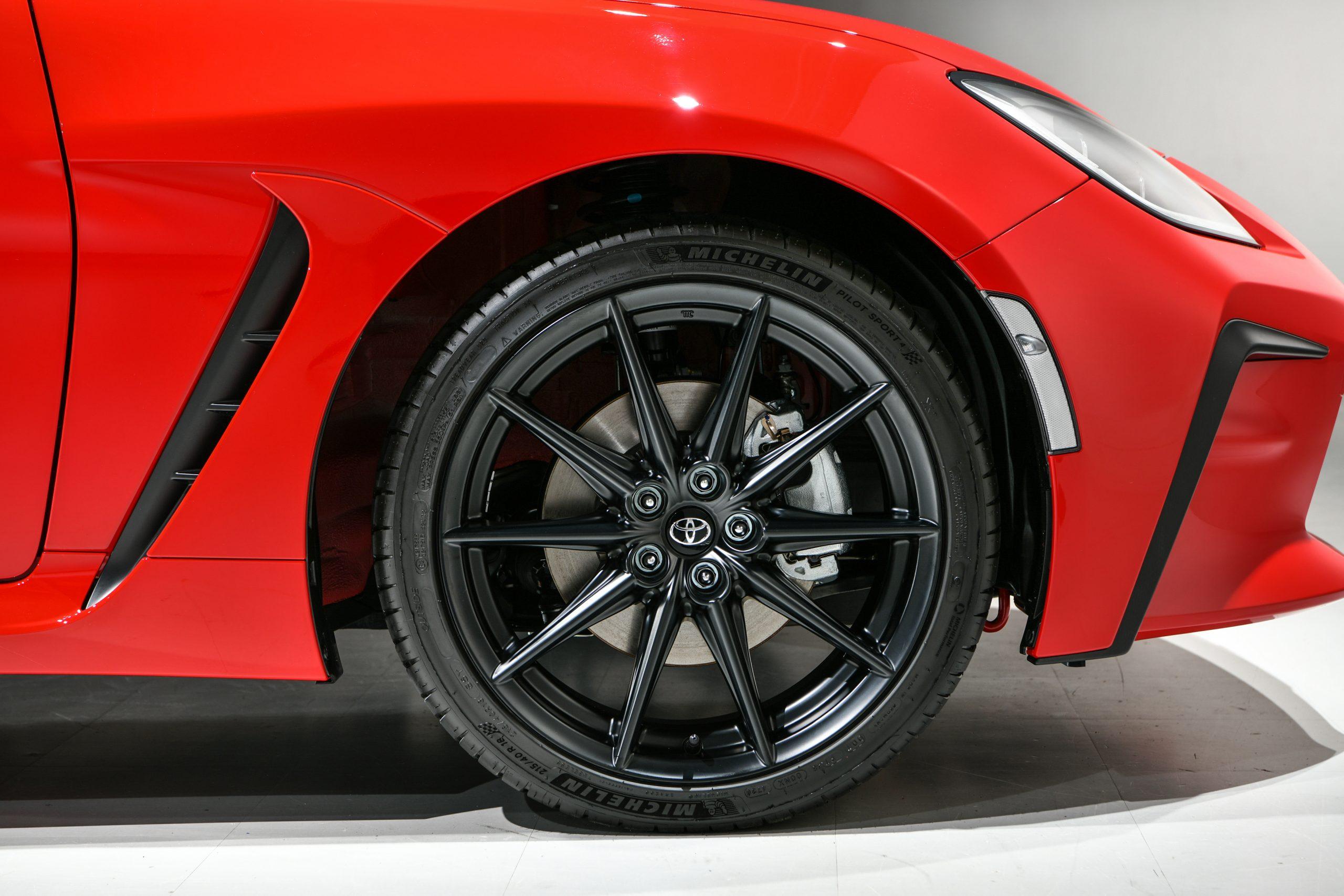 Toyota 2022 GR 86 front wheel brake