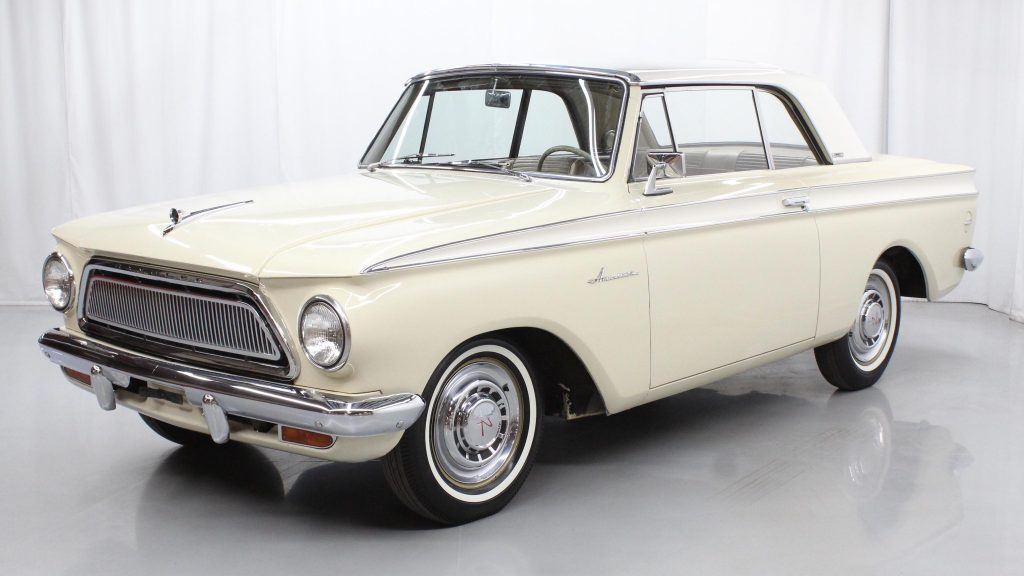 1963 AMC Rambler American 440H front three-quarter