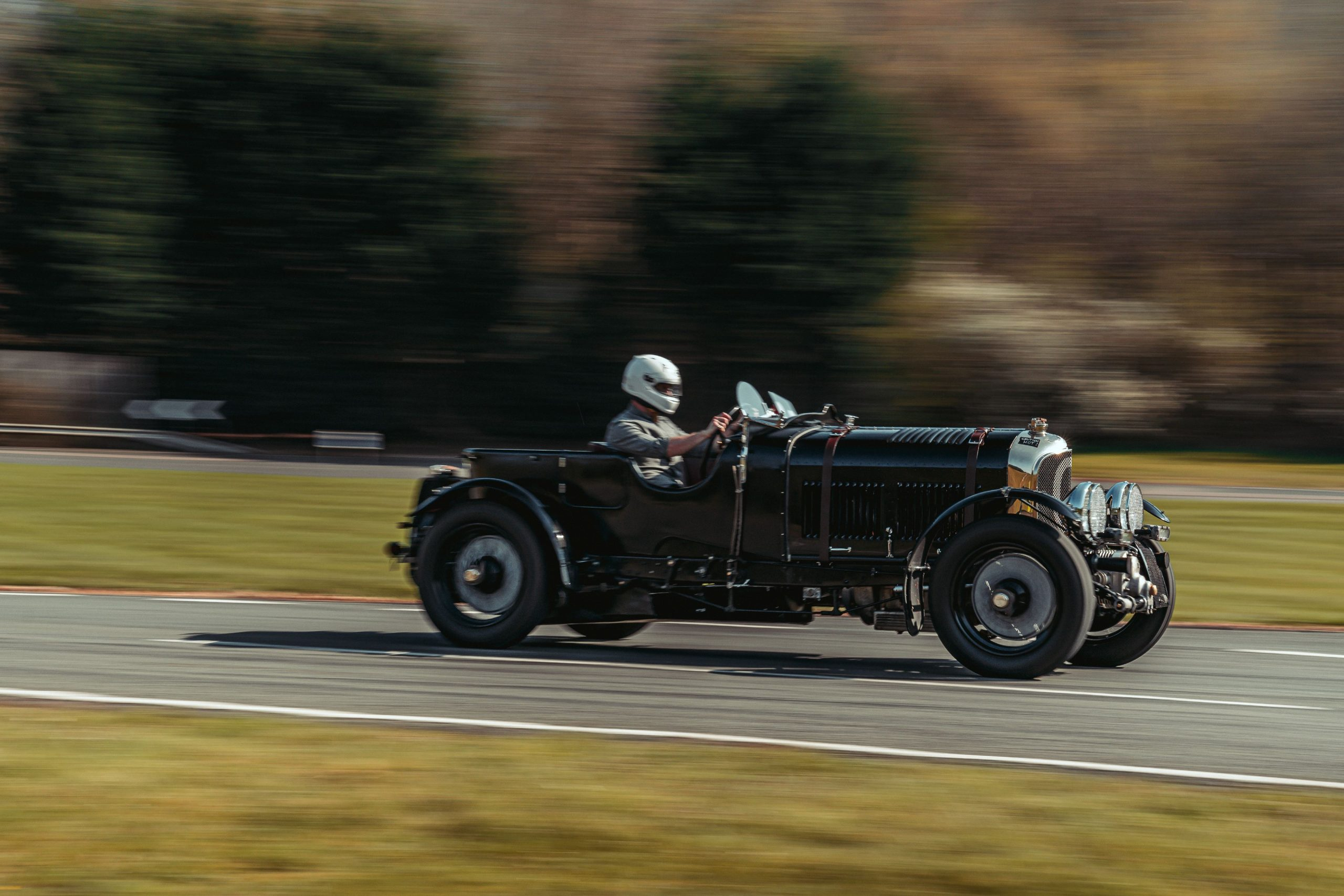 Bentley Blower Continuation Car side profile action