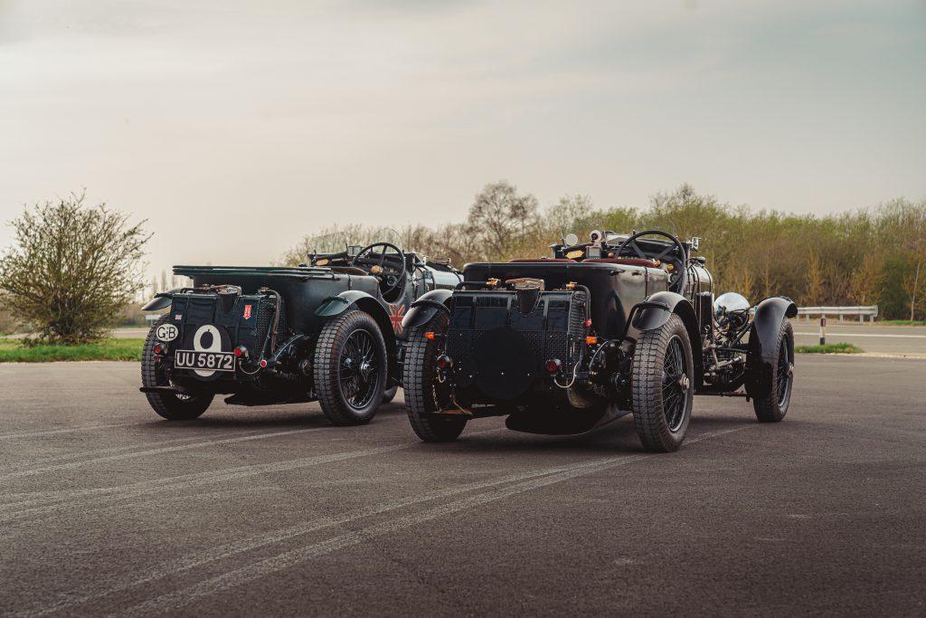 Blower Bentley rear side by side