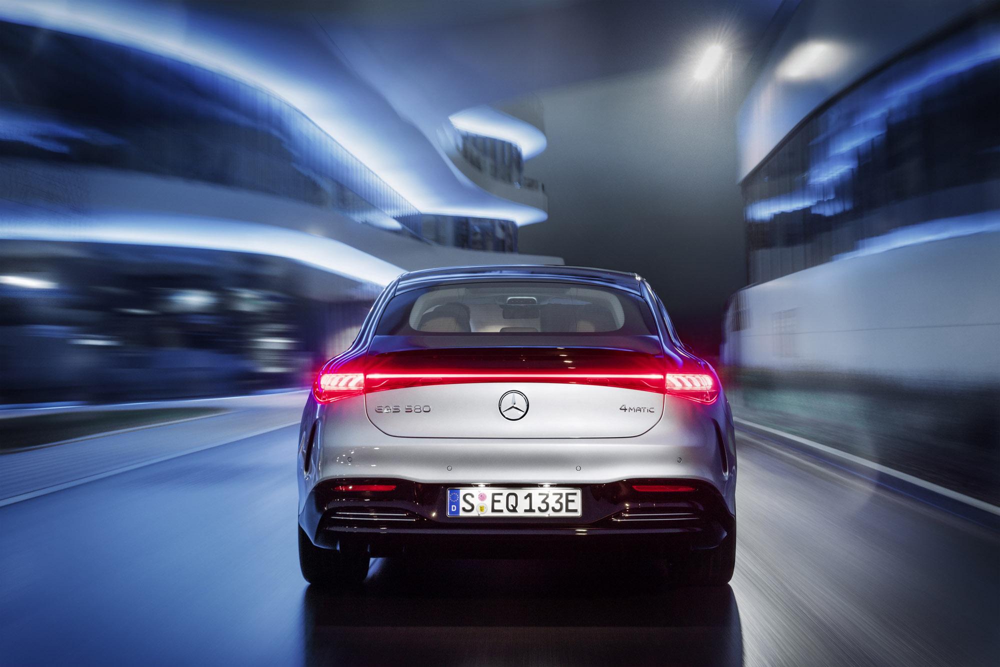 Mercedes-EQ, EQ rear